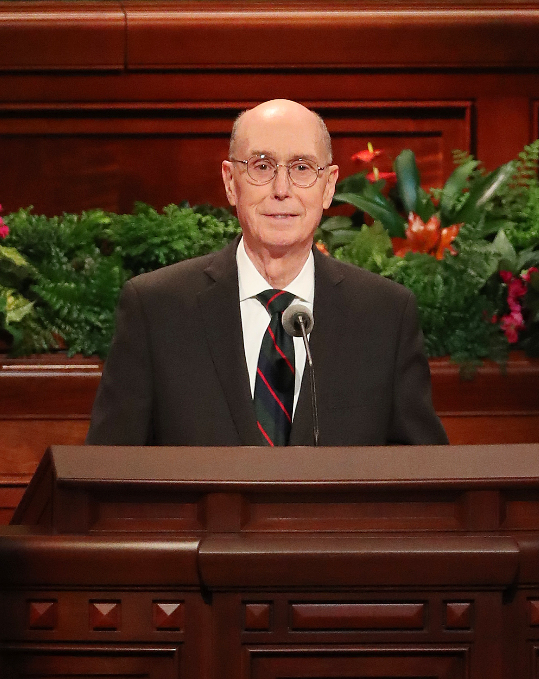 President Henry B. Eyring, second counselor in the First Presidency, speaks during the Sunday afternoon session of the 188th Semiannual General Conference of The Church of Jesus Christ of Latter-day Saints in the Conference Center in Salt Lake City on Sunday, Oct. 7, 2018.