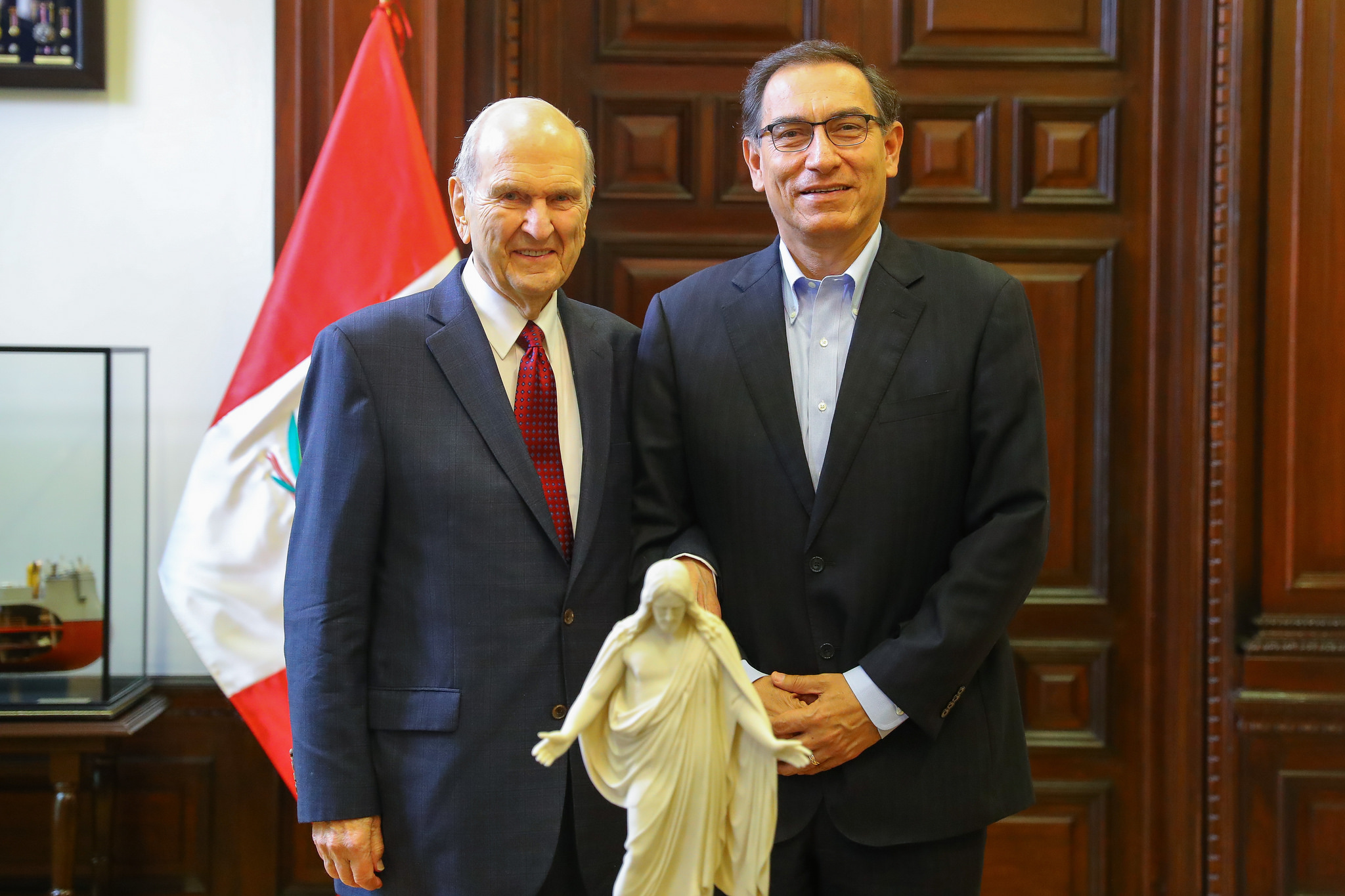 President Russell M. Nelson of The Church of Jesus Christ of Latter-day Saints, left, poses with Peru President Martín Vizcarra at the presidential palace in Lima, Peru, on Saturday, October 20, 2018.