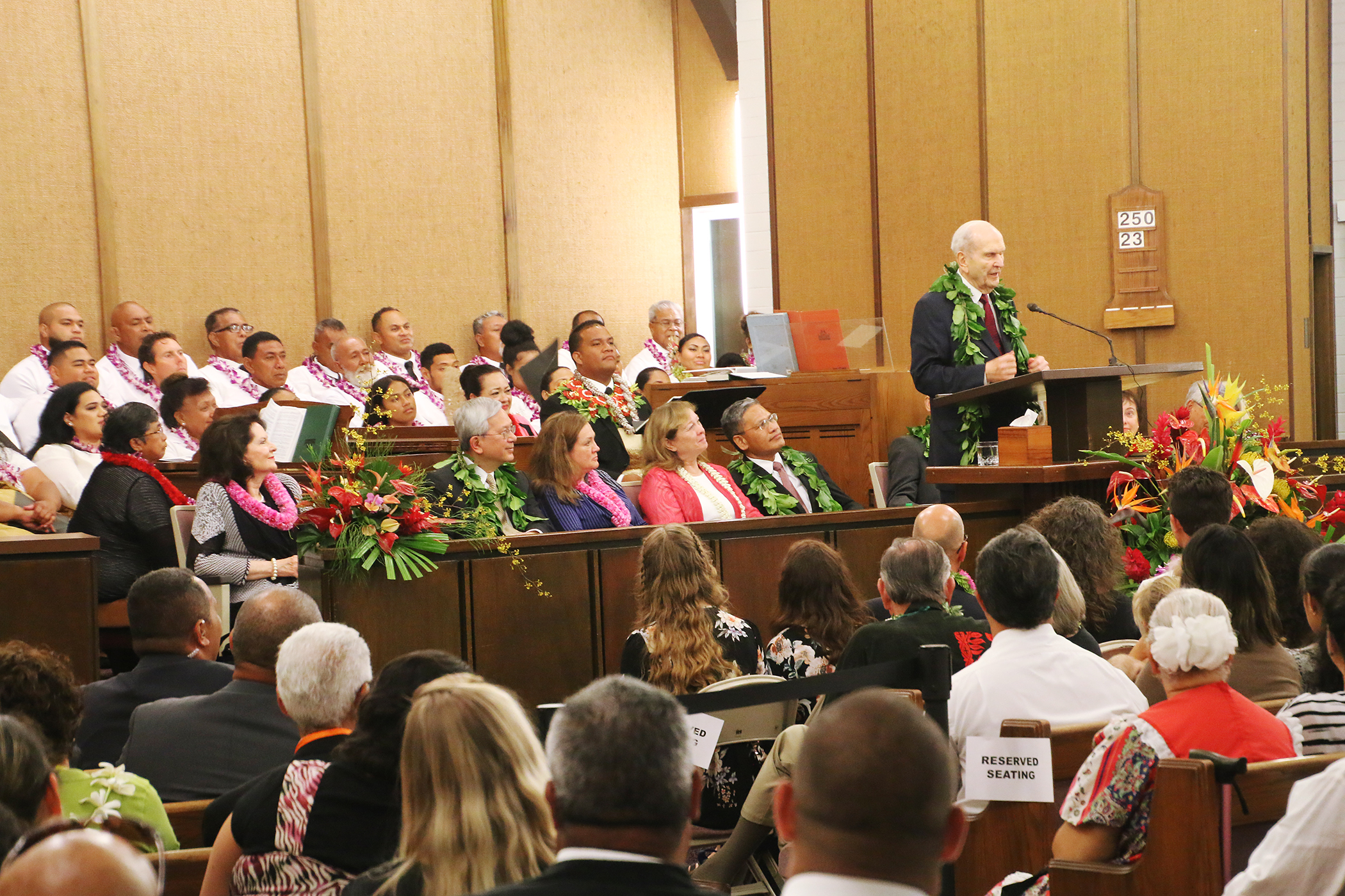 President Russell M. Nelson addresses a capacity crowd in the Kona Hawaii Stake Center on May 16, 2019, on the first stop on his nine-day Pacific ministry tour.