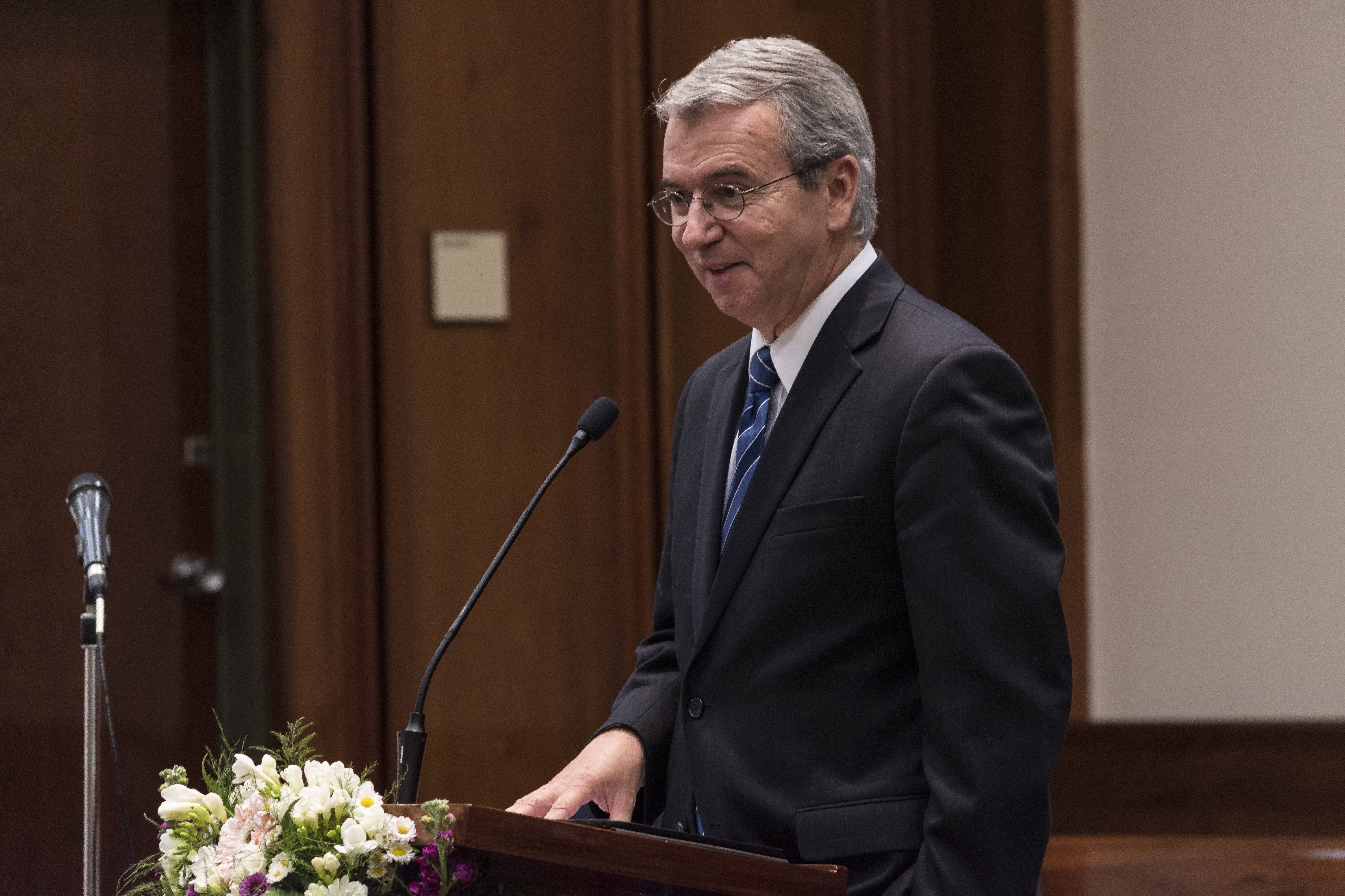 Elder Carlos A. Godoy of the Presidency of the Seventy speaks at a meeting while accompanying Elder Ronald A. Rasband of the Quorum of the Twelve on a nine-day assignment to the Church's South American South Area in late August and early September 2018.