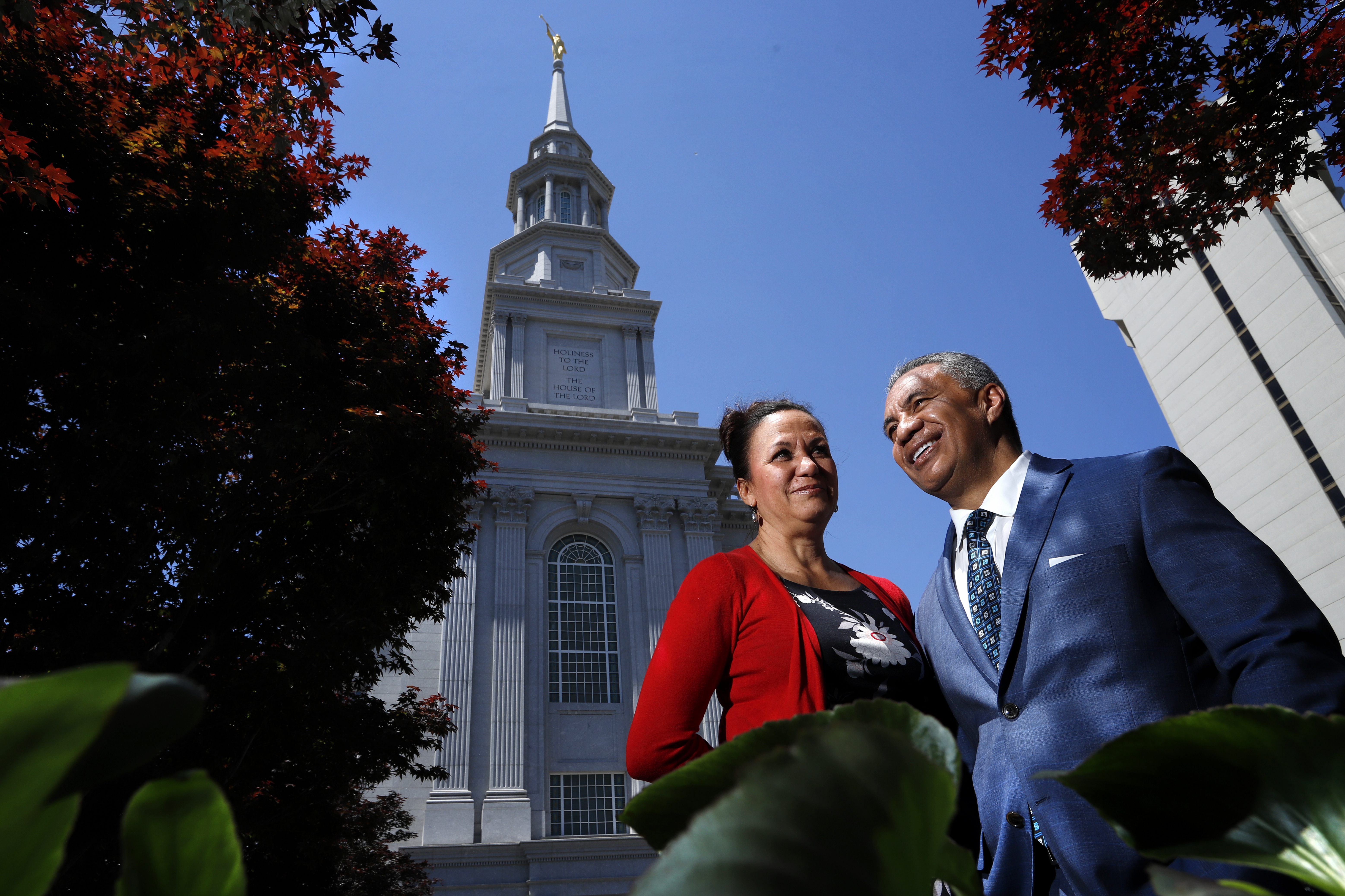 Vai Sikahema, with is wife Keala, in front of the new Philadelphia Pennsylvania Temple that opened in September 2016.