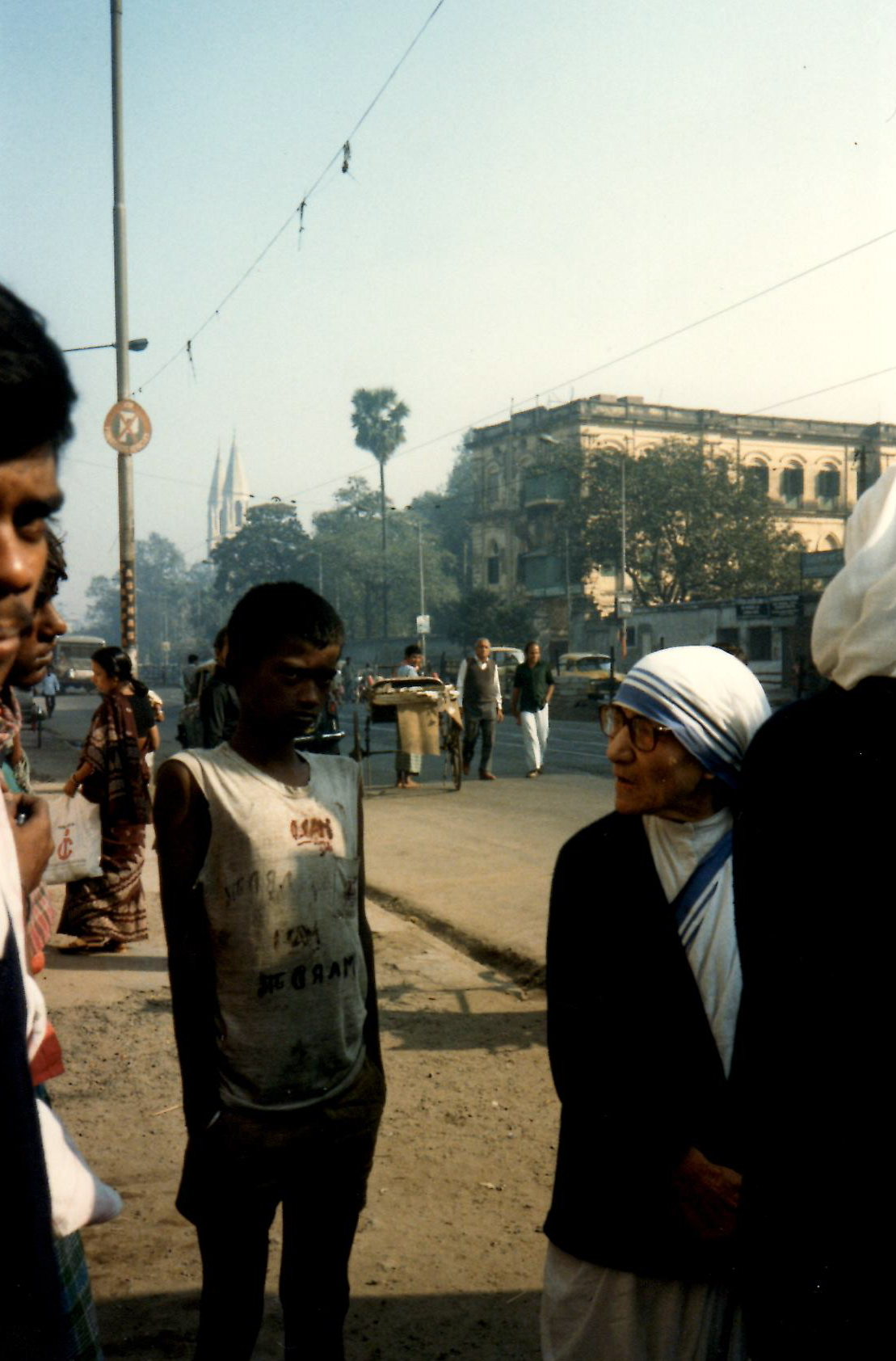 Mother Teresa, right, on the streets of Calcutta, India, during a 1986 visit from Brigham Young University's Young Ambassadors.