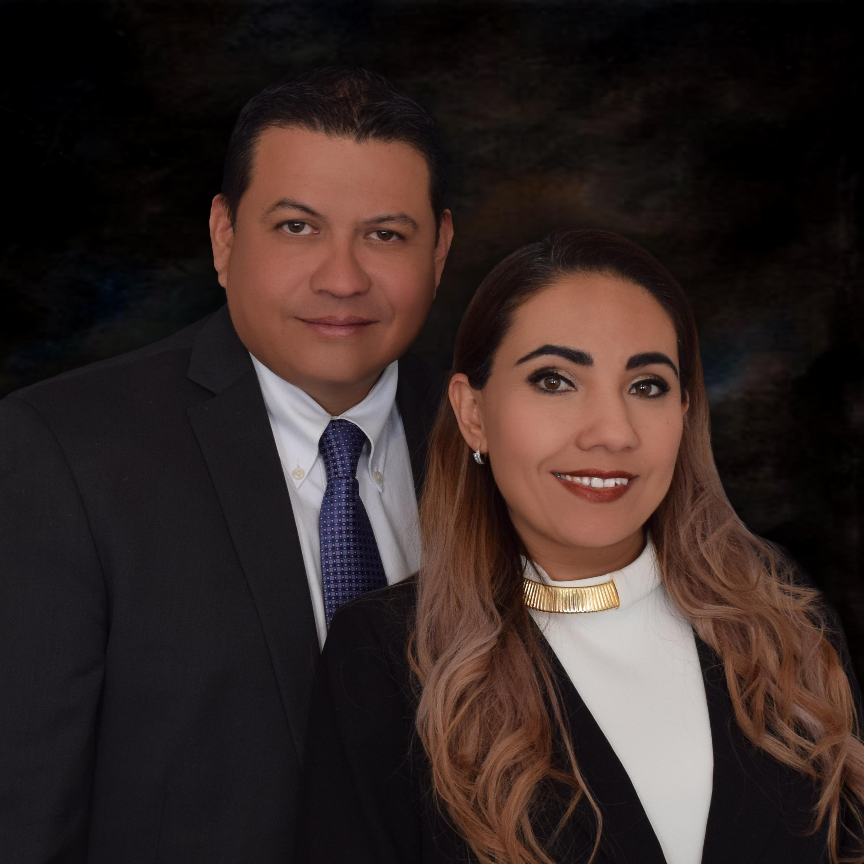Alan Edmundo Meza de la Cruz and Abish Ramos de Meza