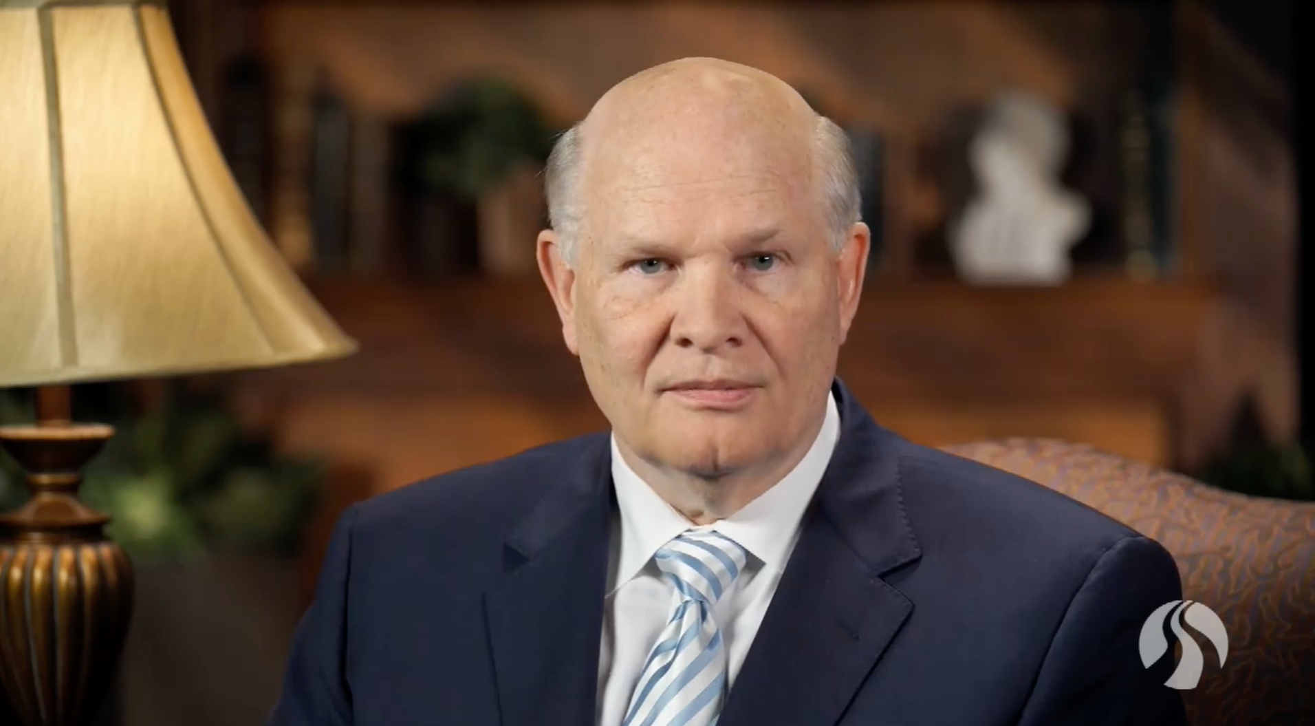 Elder Dale G. Renlund shared a message with BYU-Pathway Worldwide students during a devotional streamed via the internet on April 2.