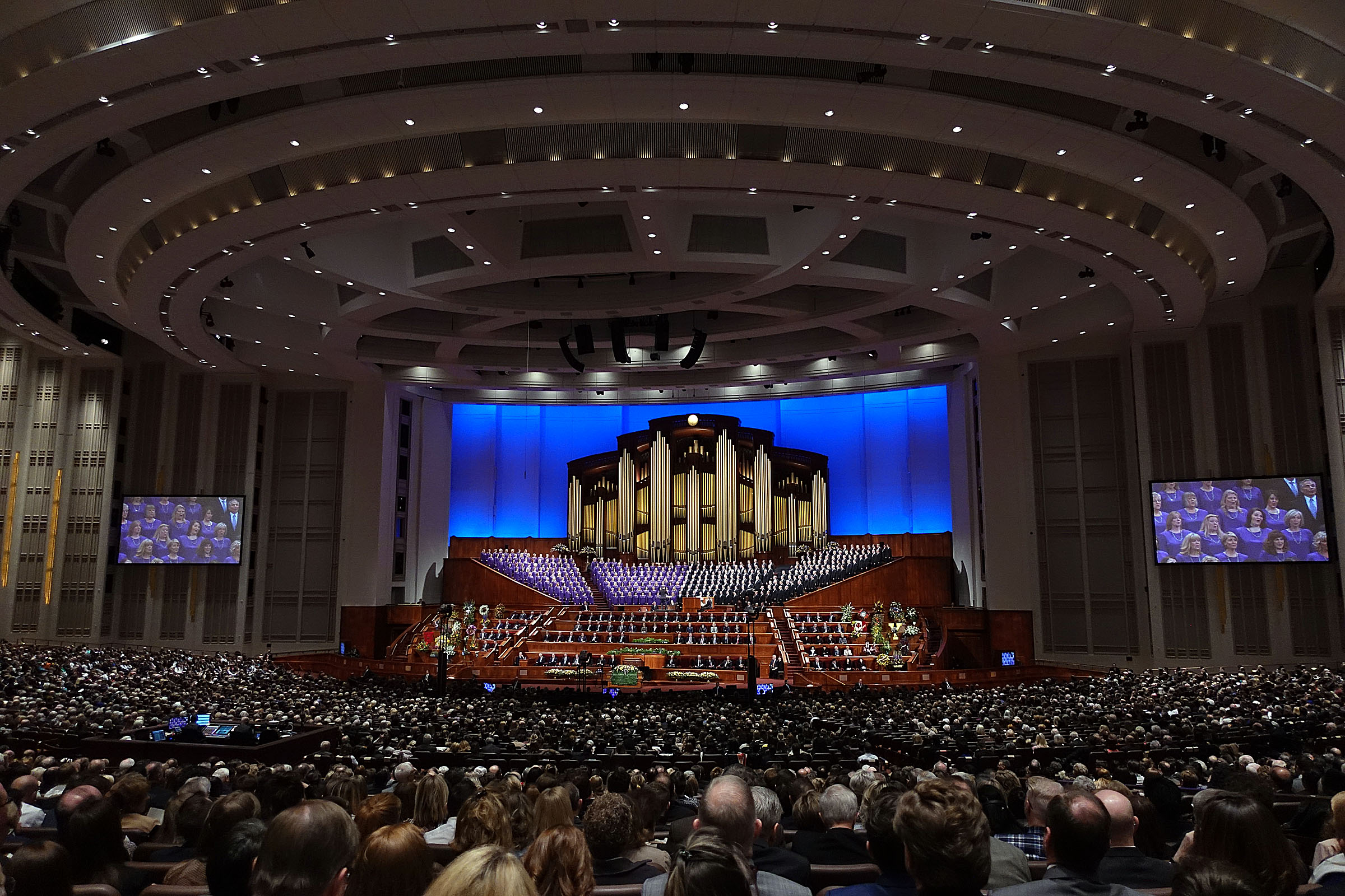The Tabernacle Choir sings at the beginning of President Thomas S. Monson's funeral at the Conference Center in Salt Lake City on Friday, Jan. 12, 2018.