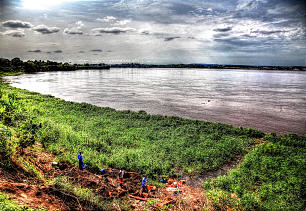 Congo River is prominent in scene from Kinshasa.