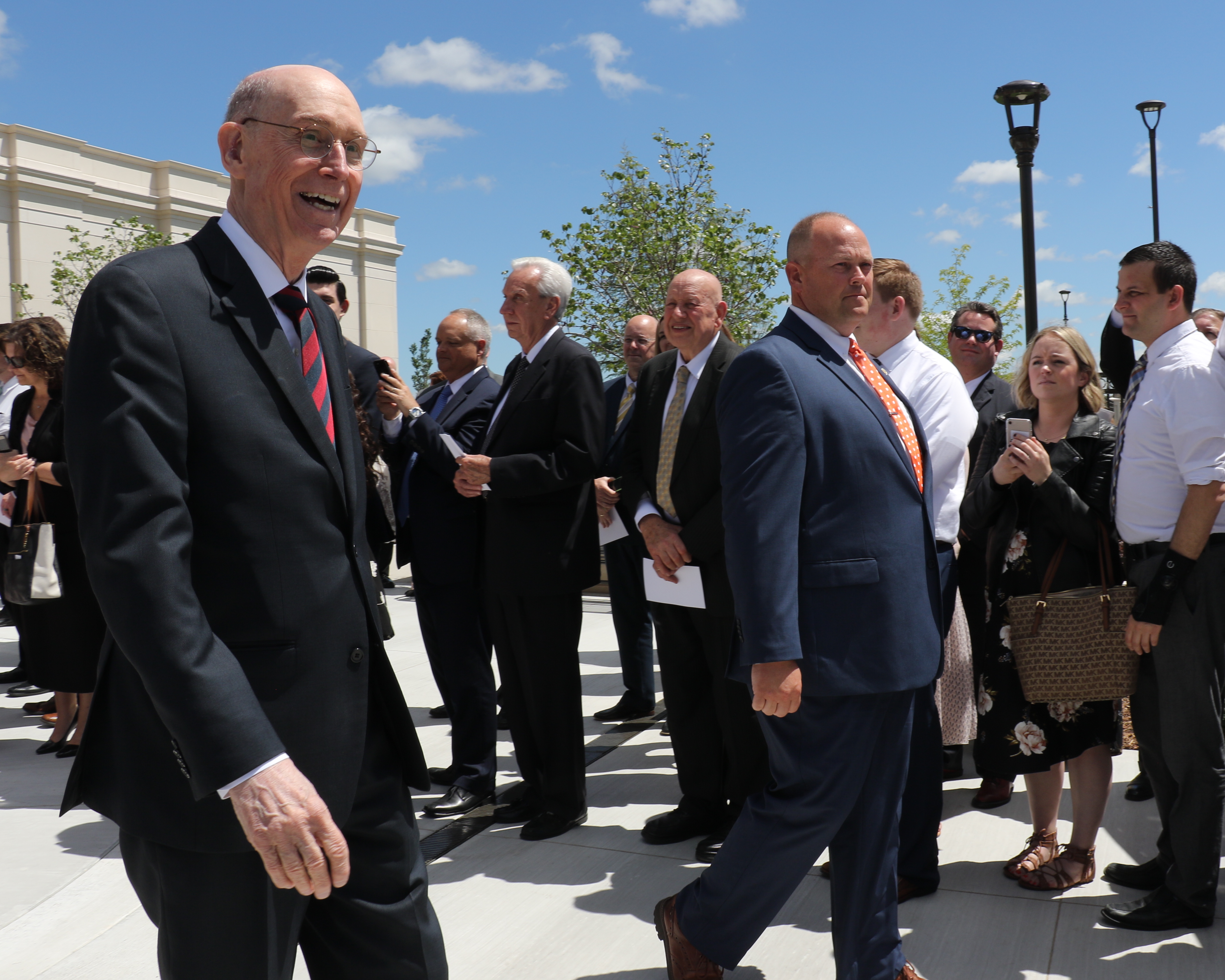 President Henry B. Eyring bids farewell to members following May 19, 2019, rededication of the Oklahoma City Oklahoma Temple.