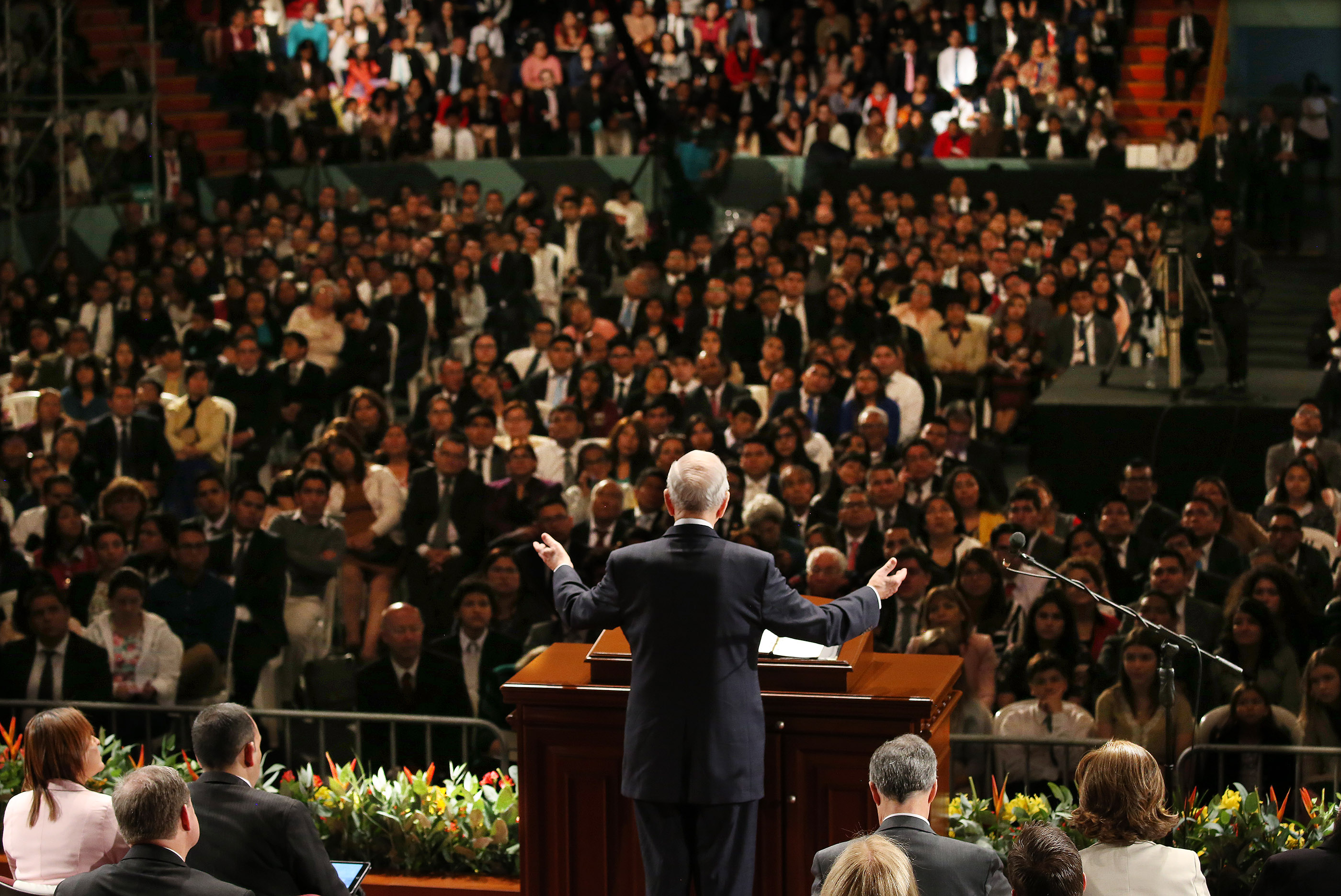 President Russell M. Nelson of The Church of Jesus Christ of Latter-day Saints speaks in Spanish during a devotional in Lima, Peru, on Oct. 20, 2018.