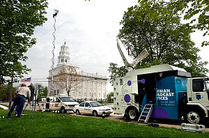 News Media from Salt lake and other surrounding areas set up for live shots after touring the Nauvoo Temple Wednesday may 1, 2002. Photo by Scott G. Winterton/Deseret News. (Submission date: 05/01/2002)