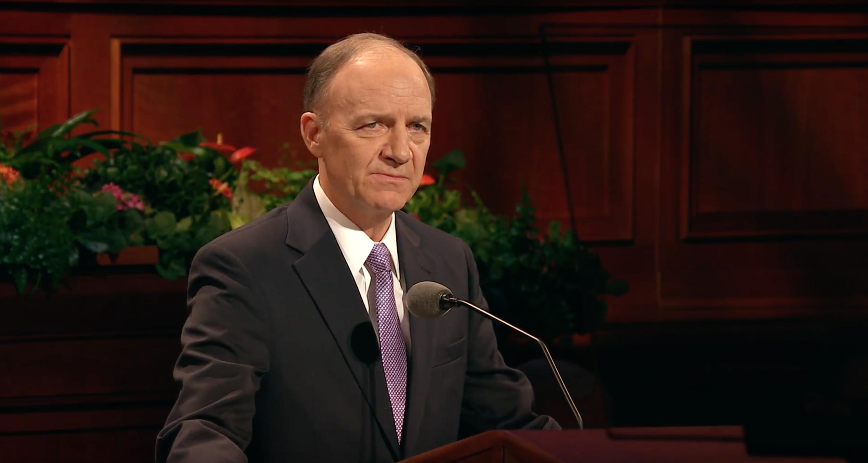 Elder Paul B. Pieper delivers an address in October 2018 general conference.