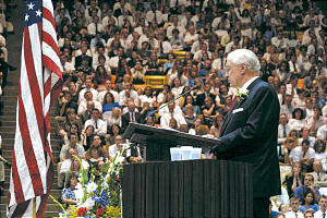 President James E. Faust addresses congregation at Cache Valley, Utah, in commemoration of signing of U.S. Constitution.