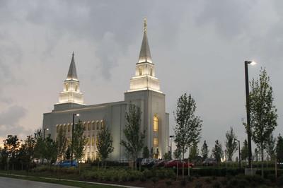 Kansas City Missouri Temple, Sunday evening following the dedication.