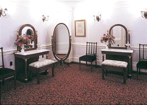 Bride's Room in Nauvoo Illinois Temple has garnet-color carpet, representative of pioneer color scheme.