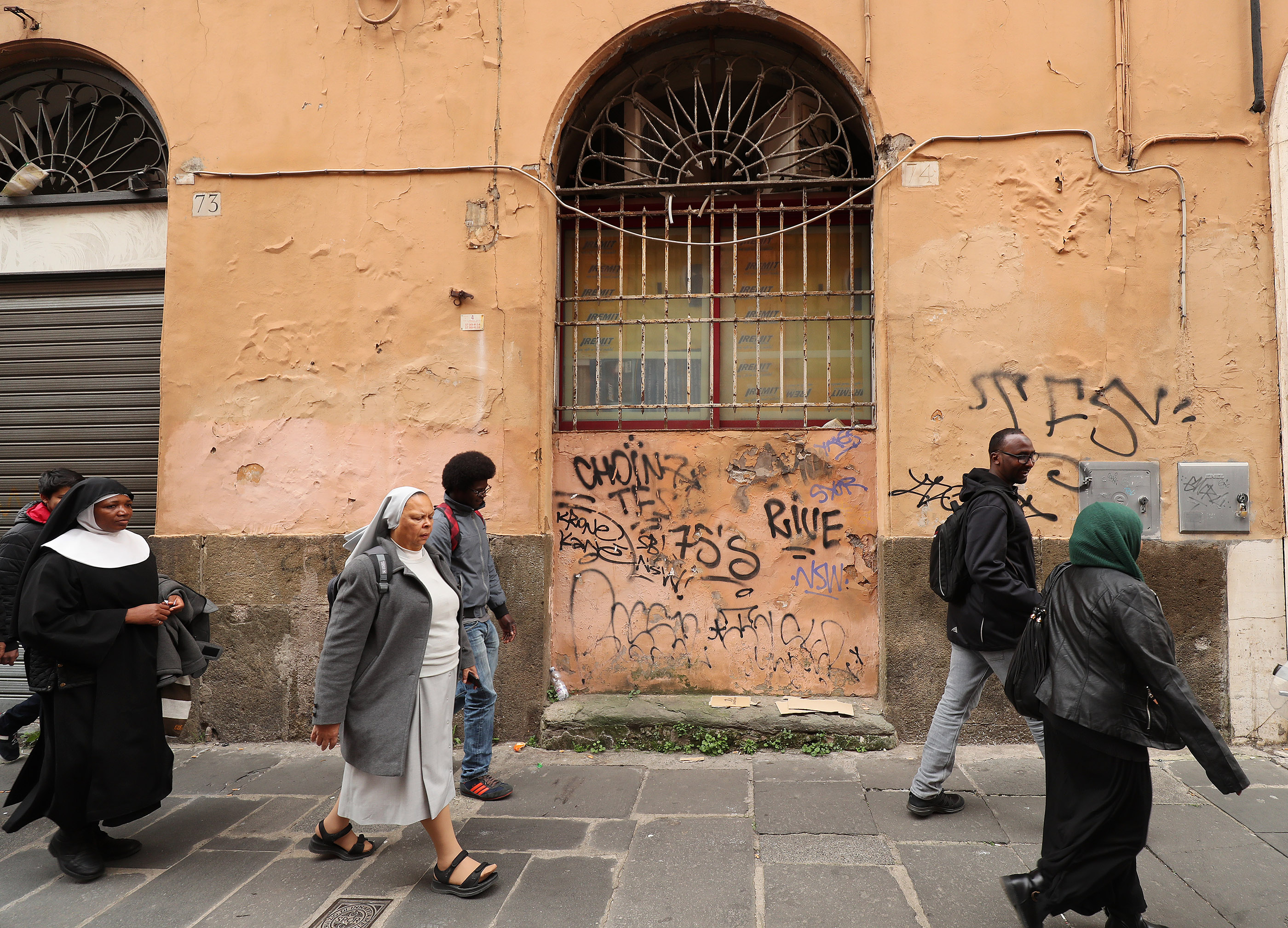 Refugees walks to tour a museum after classes at St. Paul's Within the Walls Episcopal Church in Rome, Italy, on Thursday, March 7, 2019. The Church of Jesus Christ of Latter-day Saints partners with the Catholic church to help refugees.