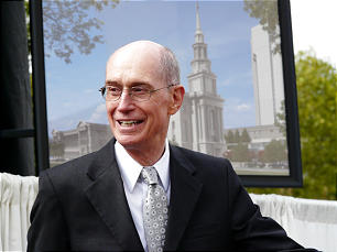 President Henry B. Eyring greets guests at the groundbreaking.