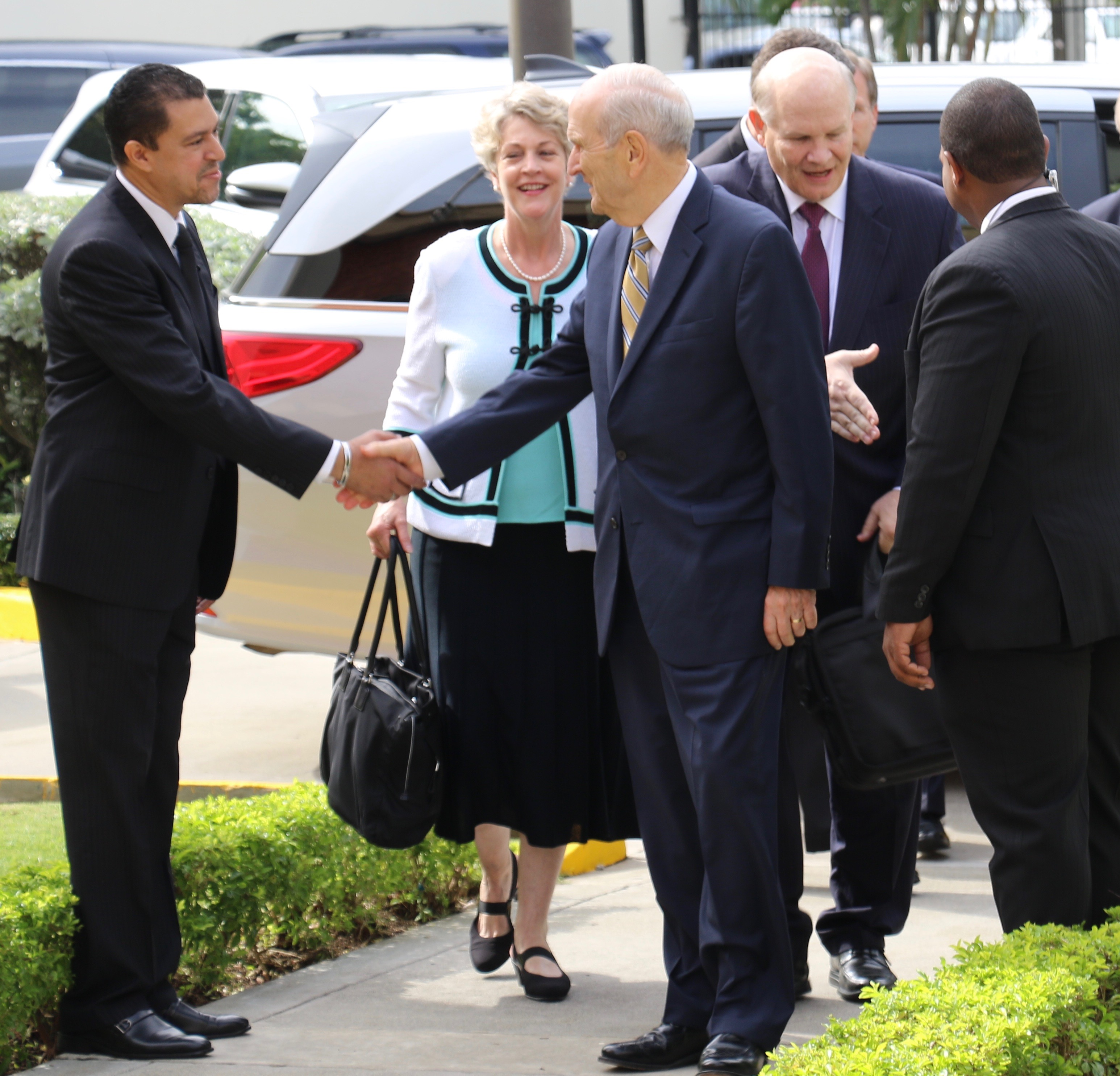 President Russell M. Nelson, along with Elder Dale G. Renlund and Sister Ruth Renlund, arrive for a Sept. 1, 2018, missionary meeting in Santo Domingo, Dominican Republic.