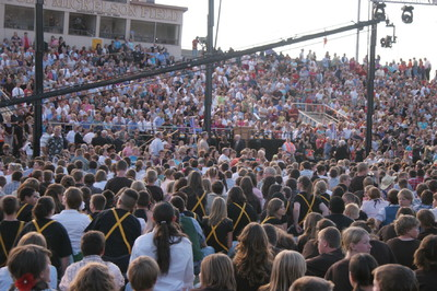 More than 3,500 people gathered football field at Eastern Arizona College stadium on May 22 for The Gila Valley Arizona Temple youth cultural celebration. Crowds were delighted by the program and the chance to glimpse President Thomas S. Monson who attended the event.