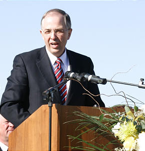Elder Neil L. Andersen of the Presidency of the Seventy speaks at the groundbreaking ceremony Feb. 14.