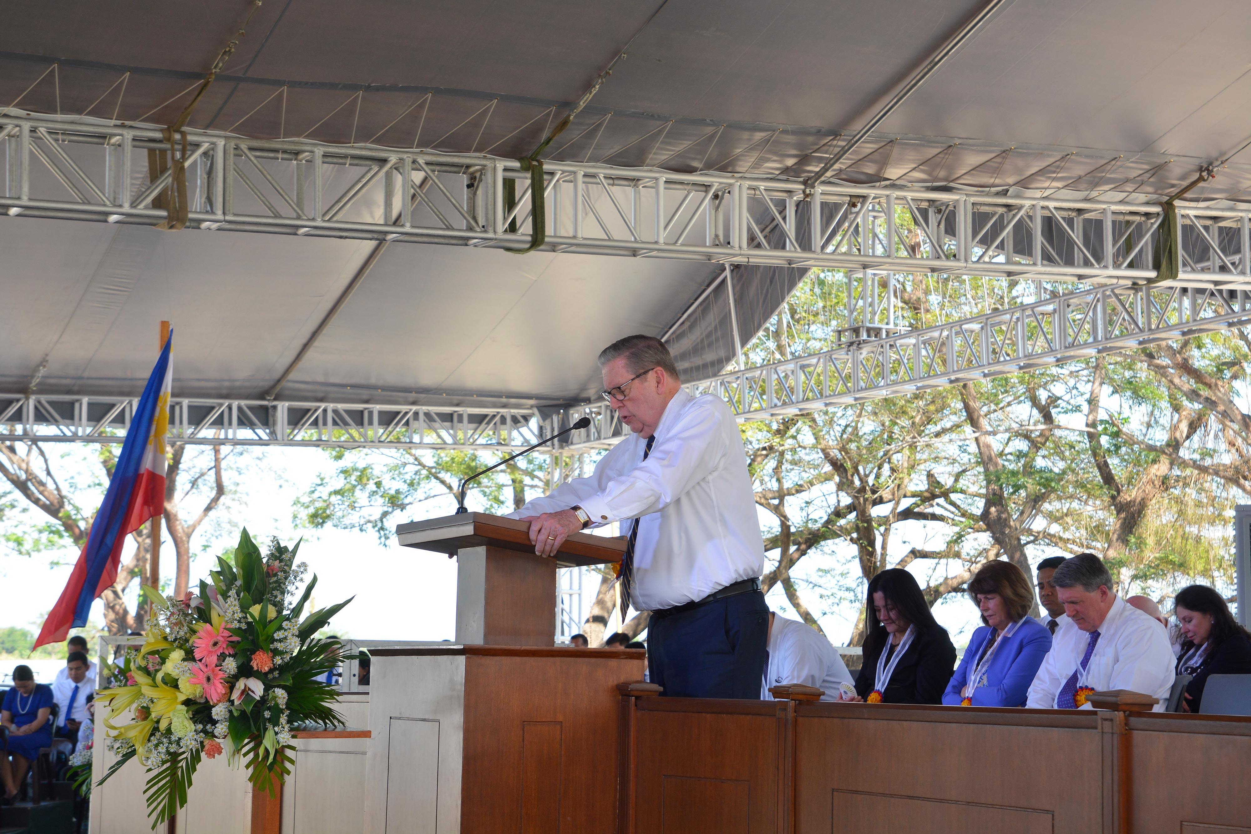 Elder Jeffrey R. Holland of the Quorum of the Twelve Apostles addresses community leaders and Church membersa in Urdaneta, Pangasinan, Philippines, on Wednesday Jan. 16, 2019. He broke ground for the new temple, the Church's third in the Philippines.