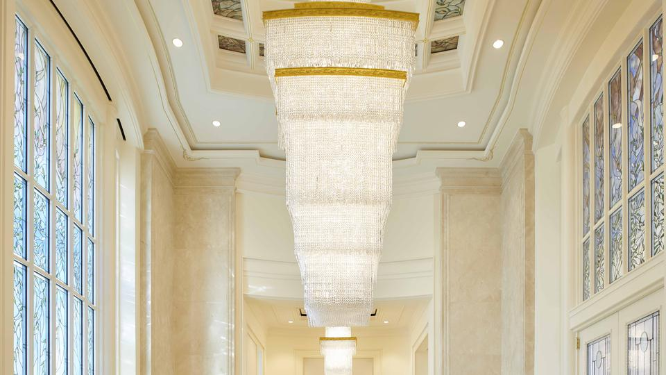 The celestial room chandelier in the Rome Italy Temple contains rectangular prisms.