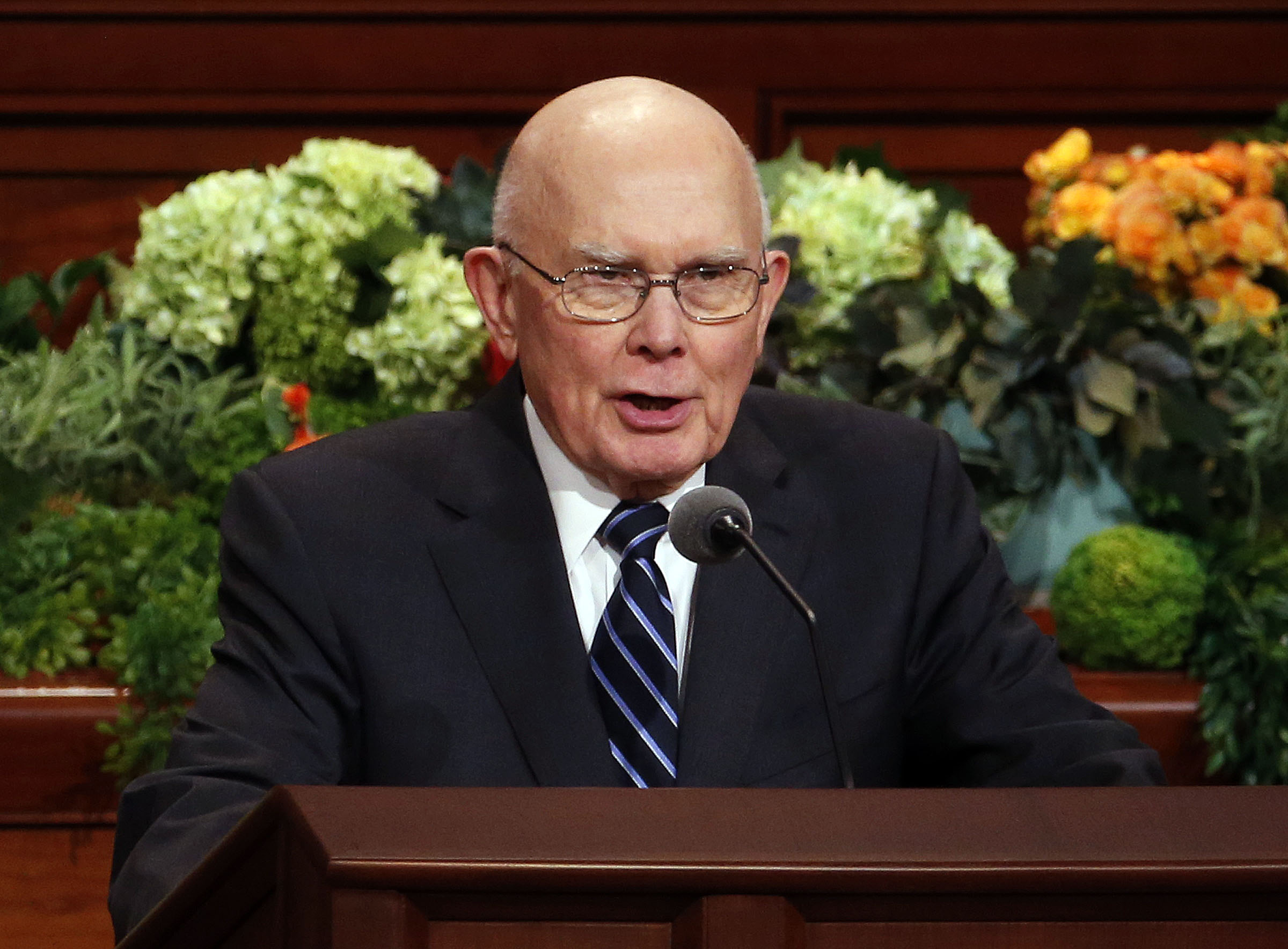 President Dallin H. Oaks, first counselor in the First Presidency of The Church of Jesus Christ of Latter-day Saints, conducts the priesthood session of the 189th Annual General Conference in the Conference Center in Salt Lake City on Saturday, April 6, 2019.