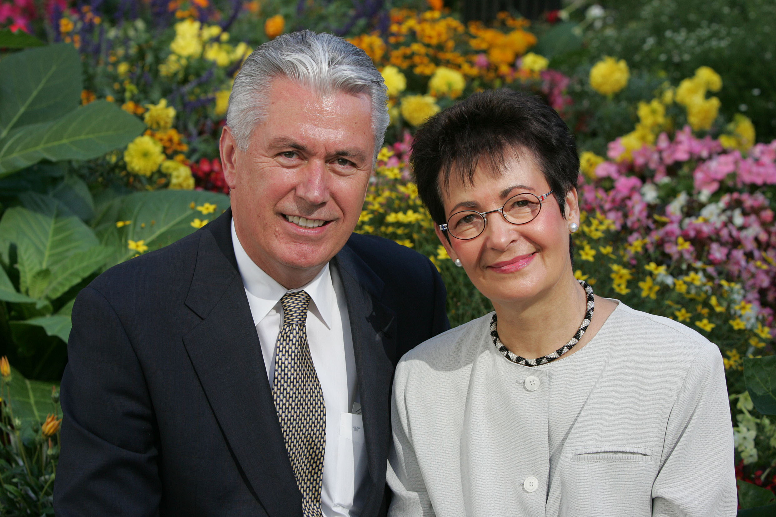 Portrait of Elder Dieter and Sister Harriet Uchtdorf, Utah Oct. 6, 2004.