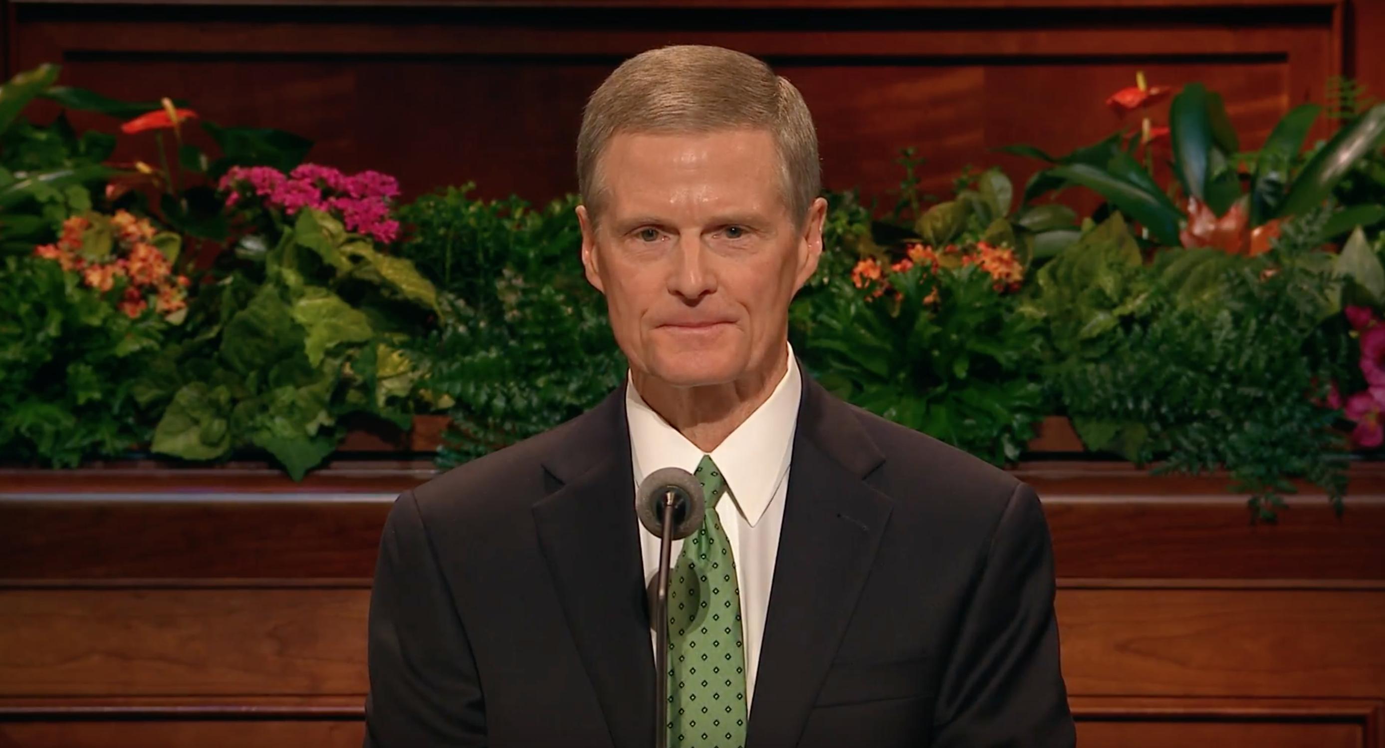 Elder David A. Bednar delivers his October 2018 general conference address.