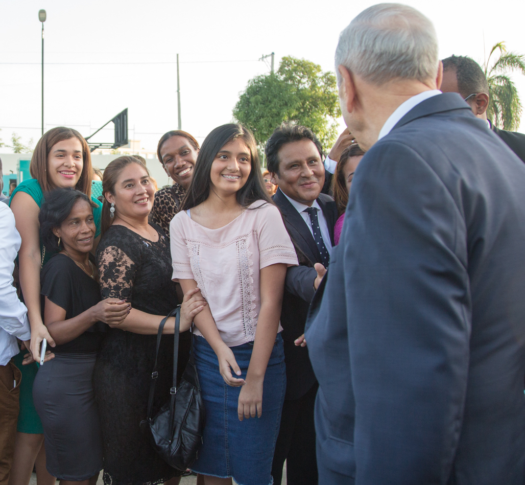 Dominican Latter-day Saints bid farewell to President Russell M. Nelson following the Sept. 1, 2018, member devotional in Santo Domingo, Dominican Republic.