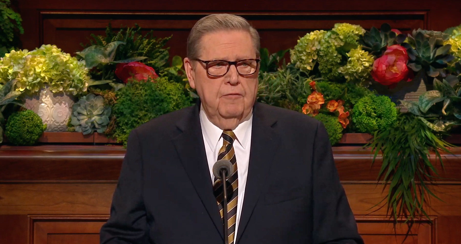 Elder Jeffrey R. Holland of the Quorum of the Twelve Apostles gives his address during the Saturday afternoon session of the 189th Annual General Conference on April 6, 2019.