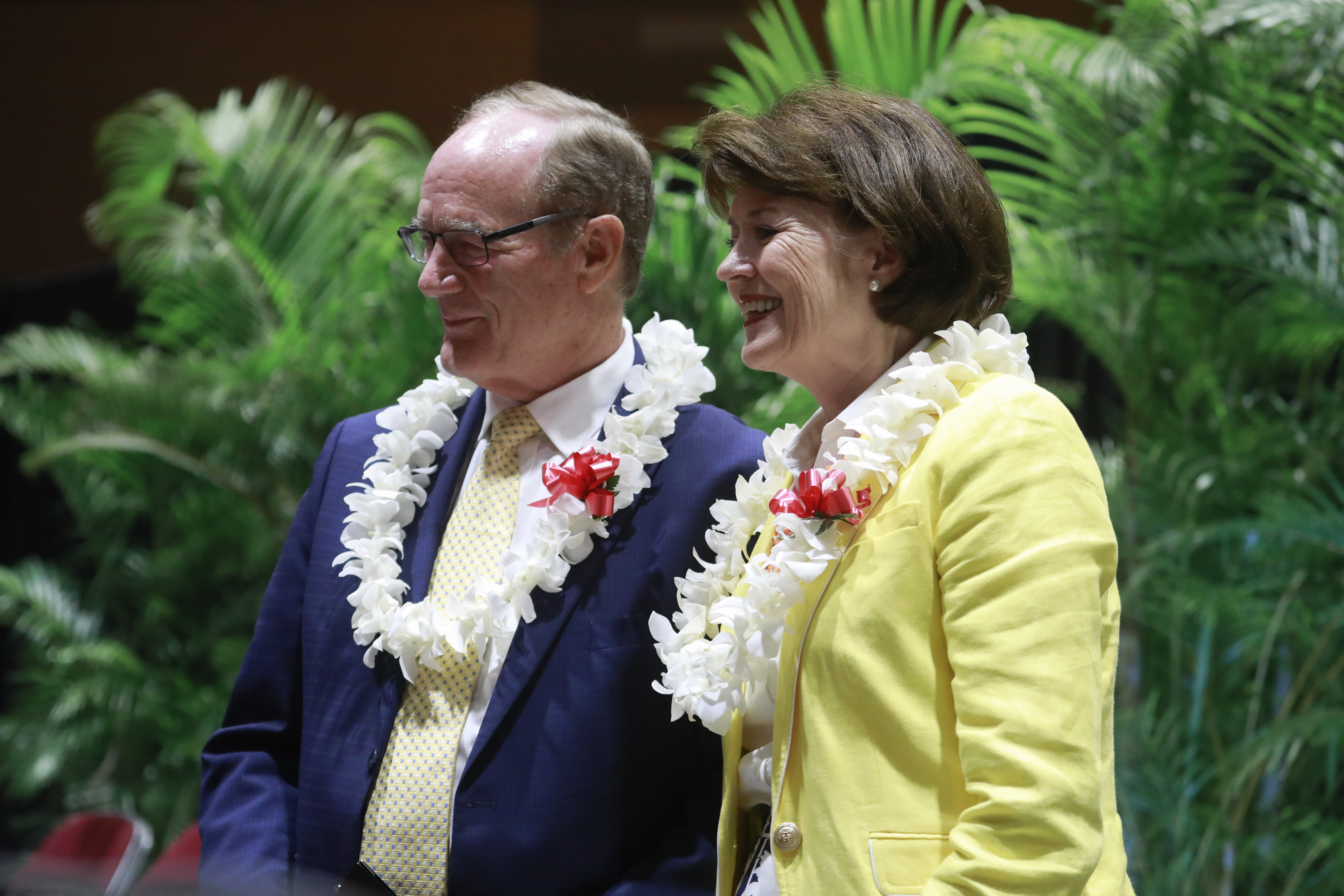 President John S. Tanner and his wife, Sister Susan Tanner, greet students following a BYU-Hawaii devotional on Jan. 15, 2019.