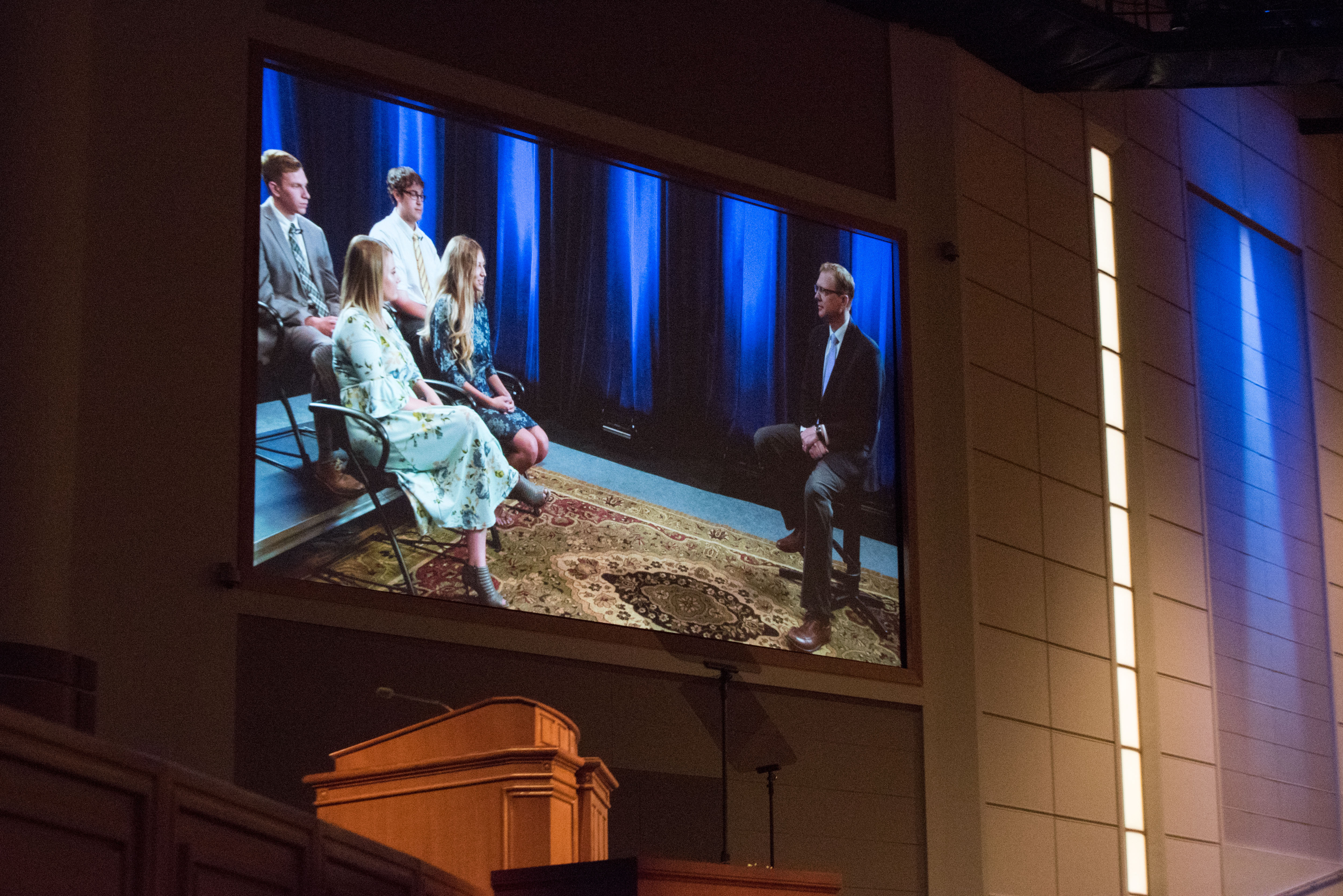 During his speech, Nels Hansen showed video clips of students discussing ministering.