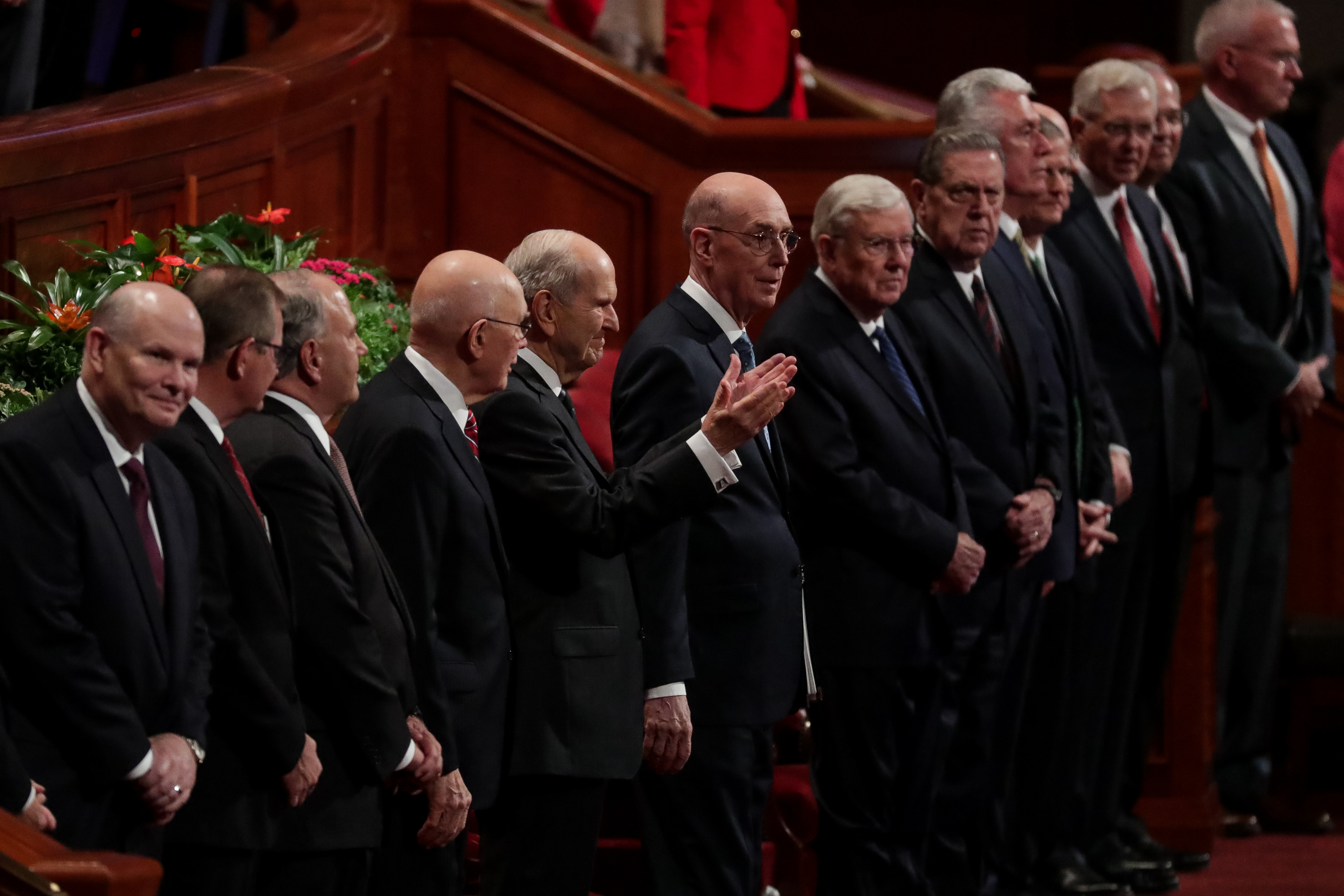 President Russell M. Nelson raises his hands toward conferencegoers at the start of the Saturday morning session of the 188th Semiannual General Conference of The Church of Jesus Christ of Latter-day Saints in the Conference Center in Salt Lake City on Saturday, Oct. 6, 2018.