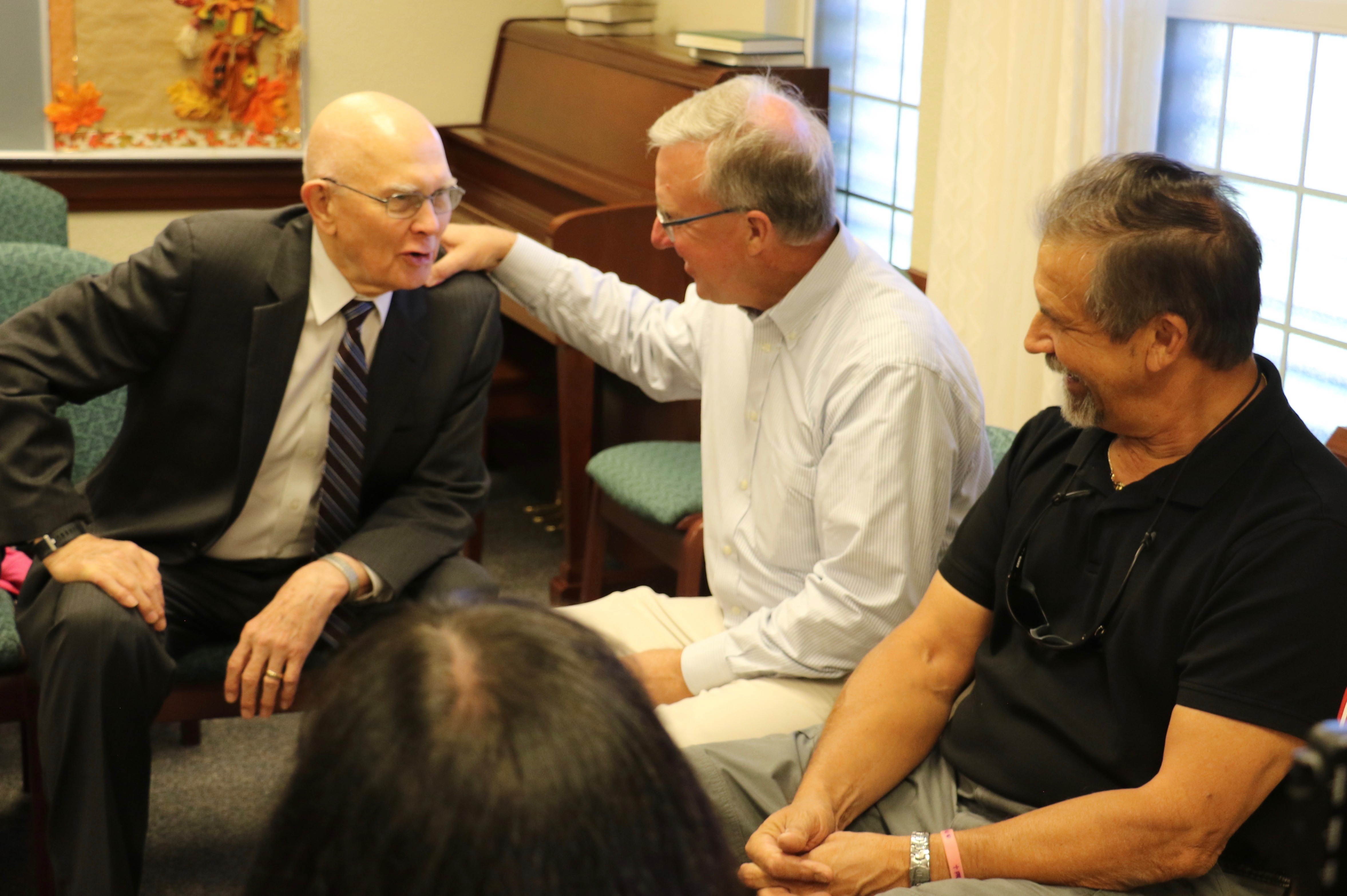 President Dallin H. Oaks, first counselor in the First Presidency of The Church of Jesus Christ of Latter-day Saints, left, meets with Panama City, Florida, civic leader William Harrison and Panama City Mayor Greg Brudwick on Oct. 21, 2018.