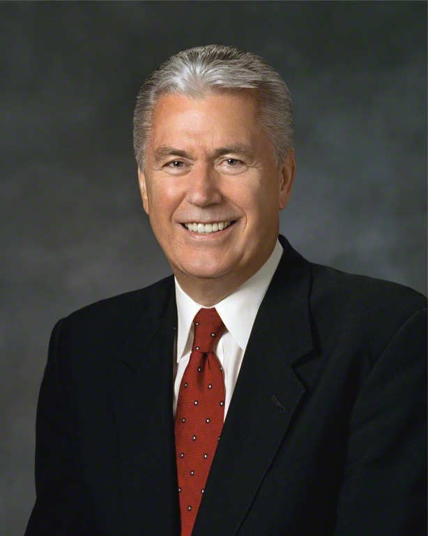 Elder Dieter F. Uchtdorf of the Quorum of the Twelve Apostles