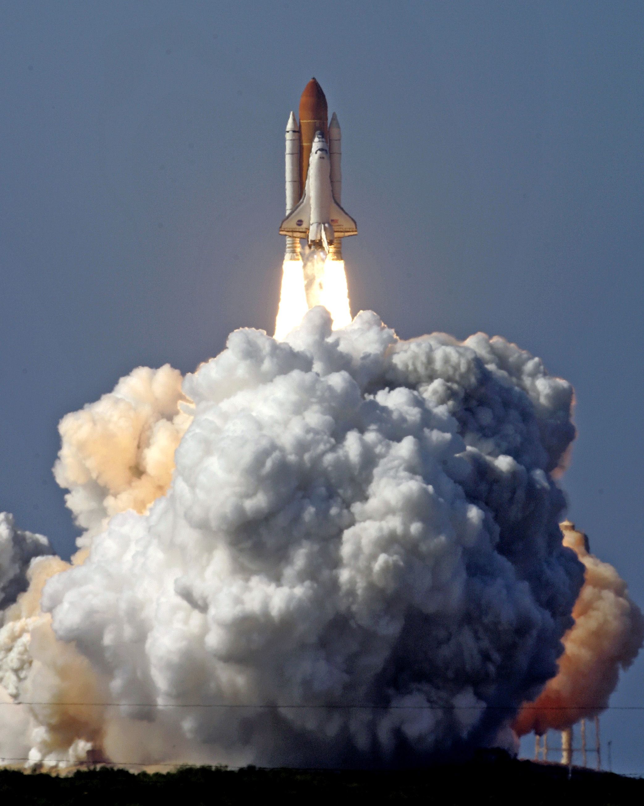 The Space Shuttle Discovery lifts off from launch pad 39a at the Kennedy Space Center in Cape Canaveral, Fla., Saturday, May 31, 2008.