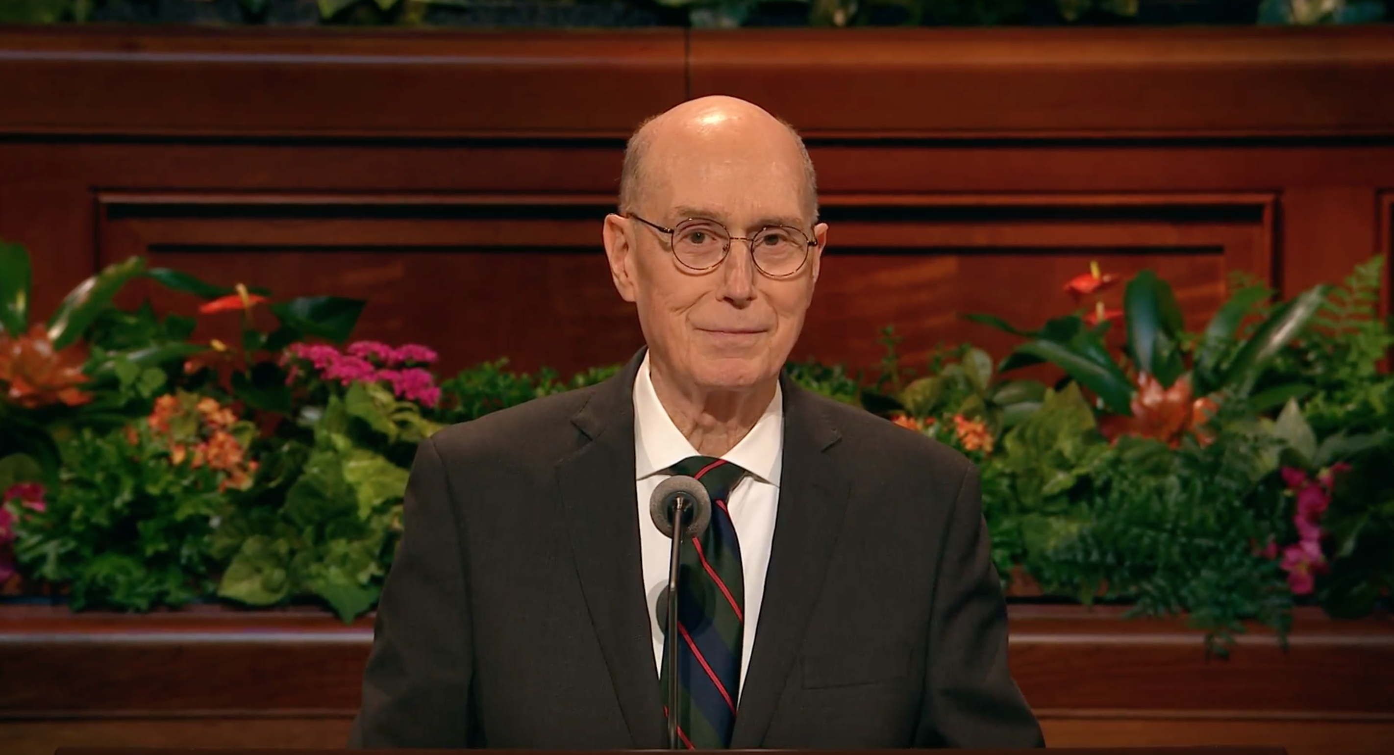 President Henry B. Eyring, second counselor in the First Presidency, gives an address in the Sunday afternoon session of October 2018 general conference.