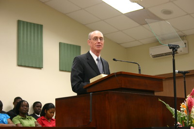 President Henry B. Eyring, first counselor in the First Presidency, speaking at the general session.