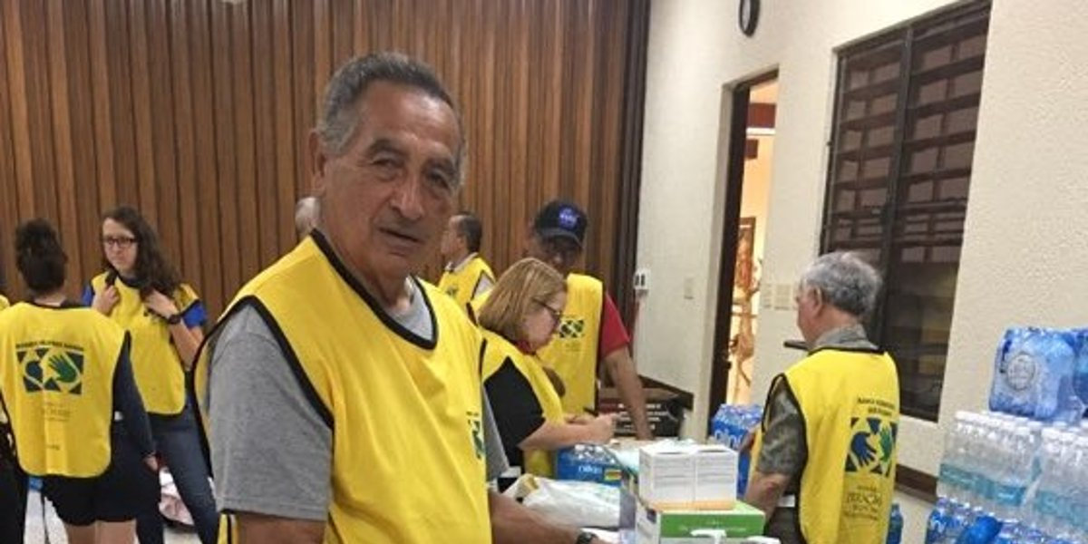 How a spry octogenarian in Puerto Rico spent his 80th birthday serving others on his quake-weary island