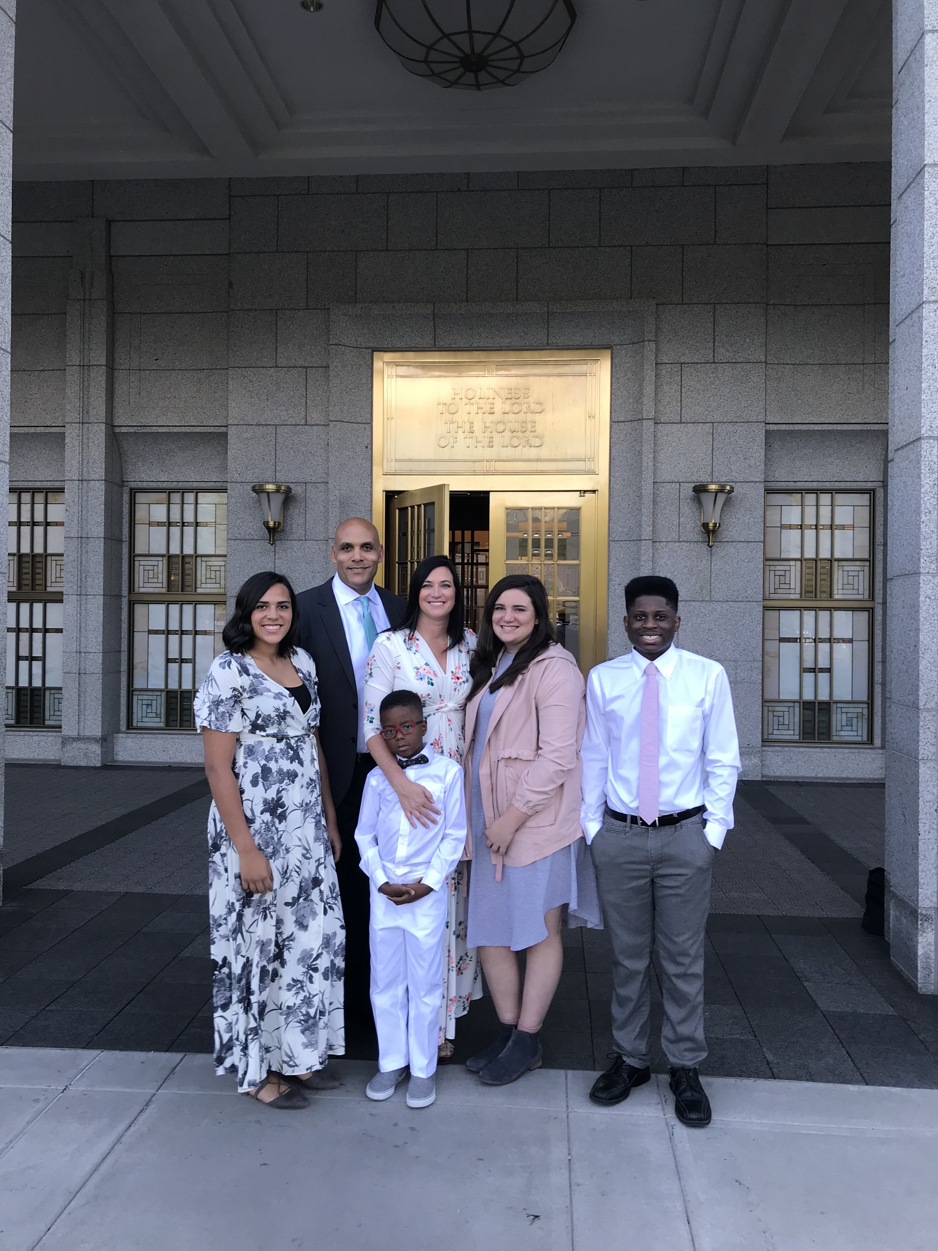The Ed and Jana Kehl family outside a temple of The Church of Jesus Christ of Latter-day Saints.