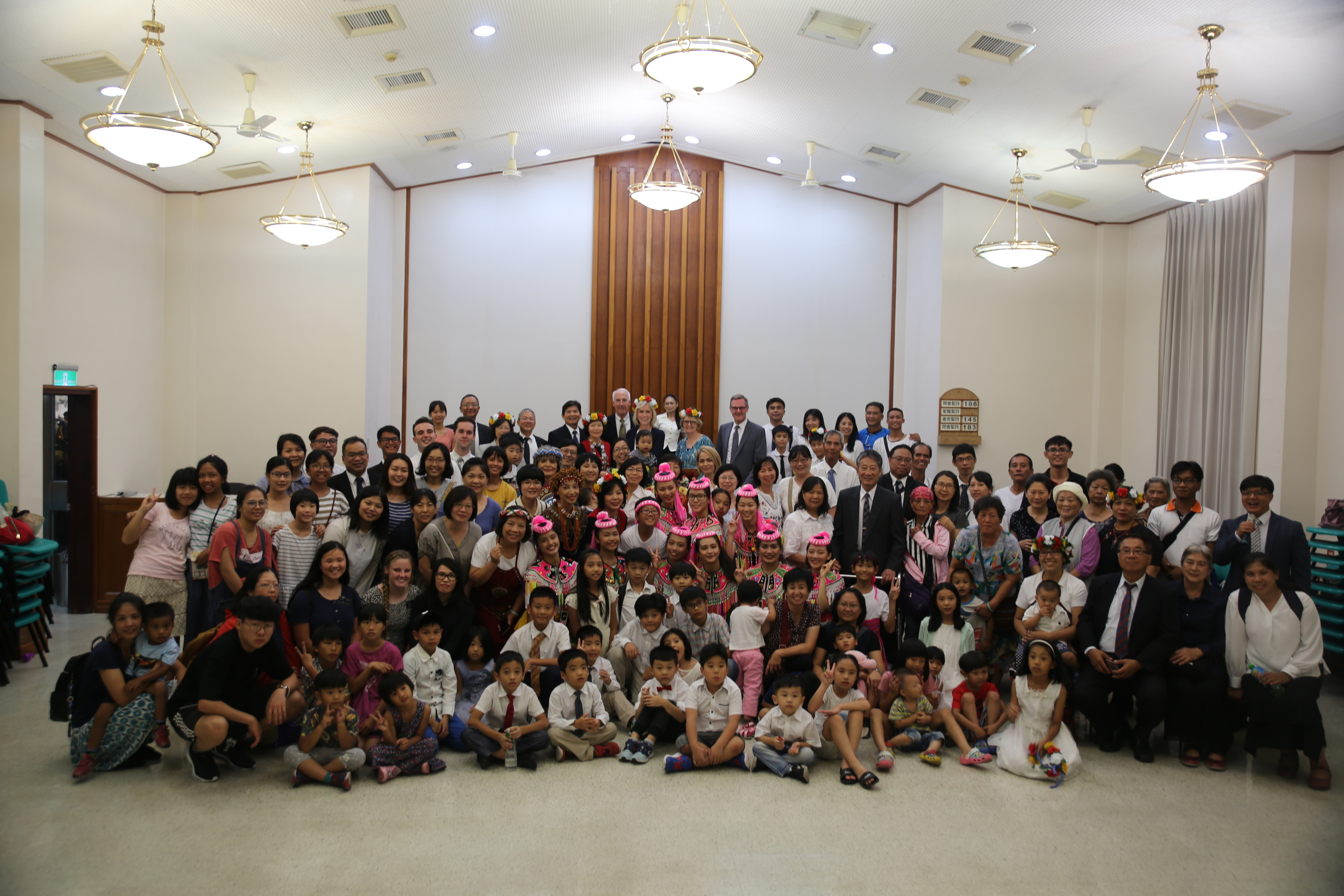 Sister Joy D. Jones, Primary general president, takes a photos with members following a devotional in Taitung, Taiwan, during a visit to the Asia Area from Aug. 17 to 14, 2019.