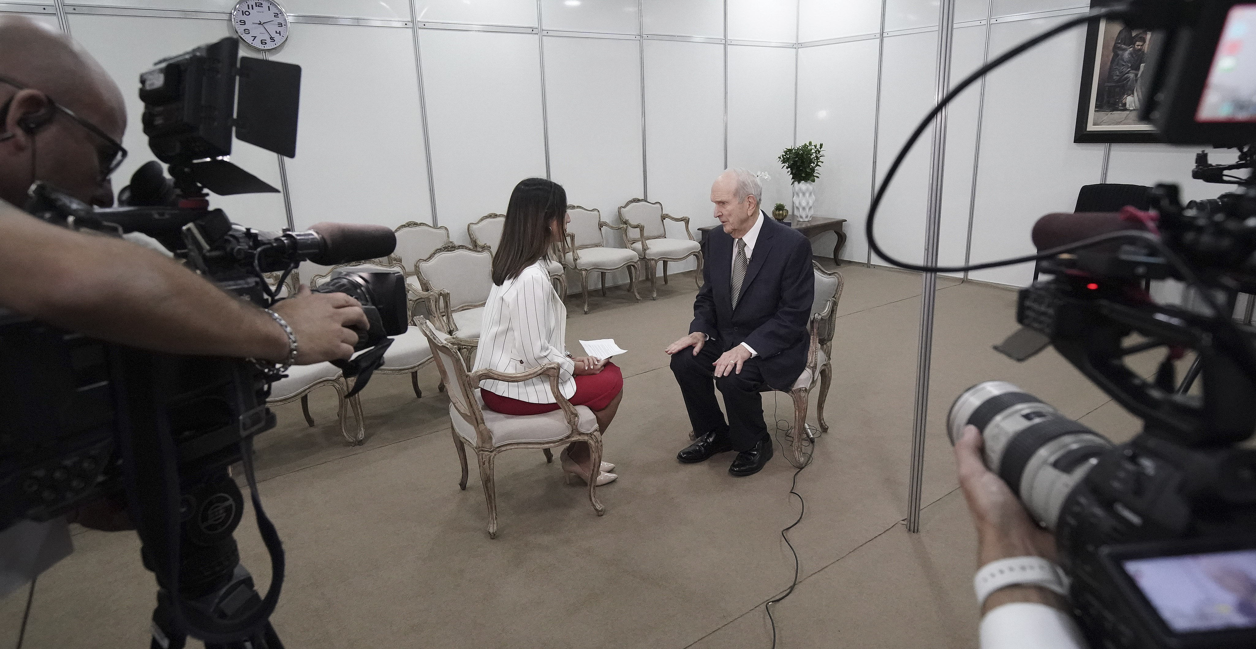 TV journalist Isabela Tacaki interviews President Russell M. Nelson of The Church of Jesus Christ of Latter-day Saints prior to a devotional in Sao Paulo, Brazil, on Sunday, Sept. 1, 2019.