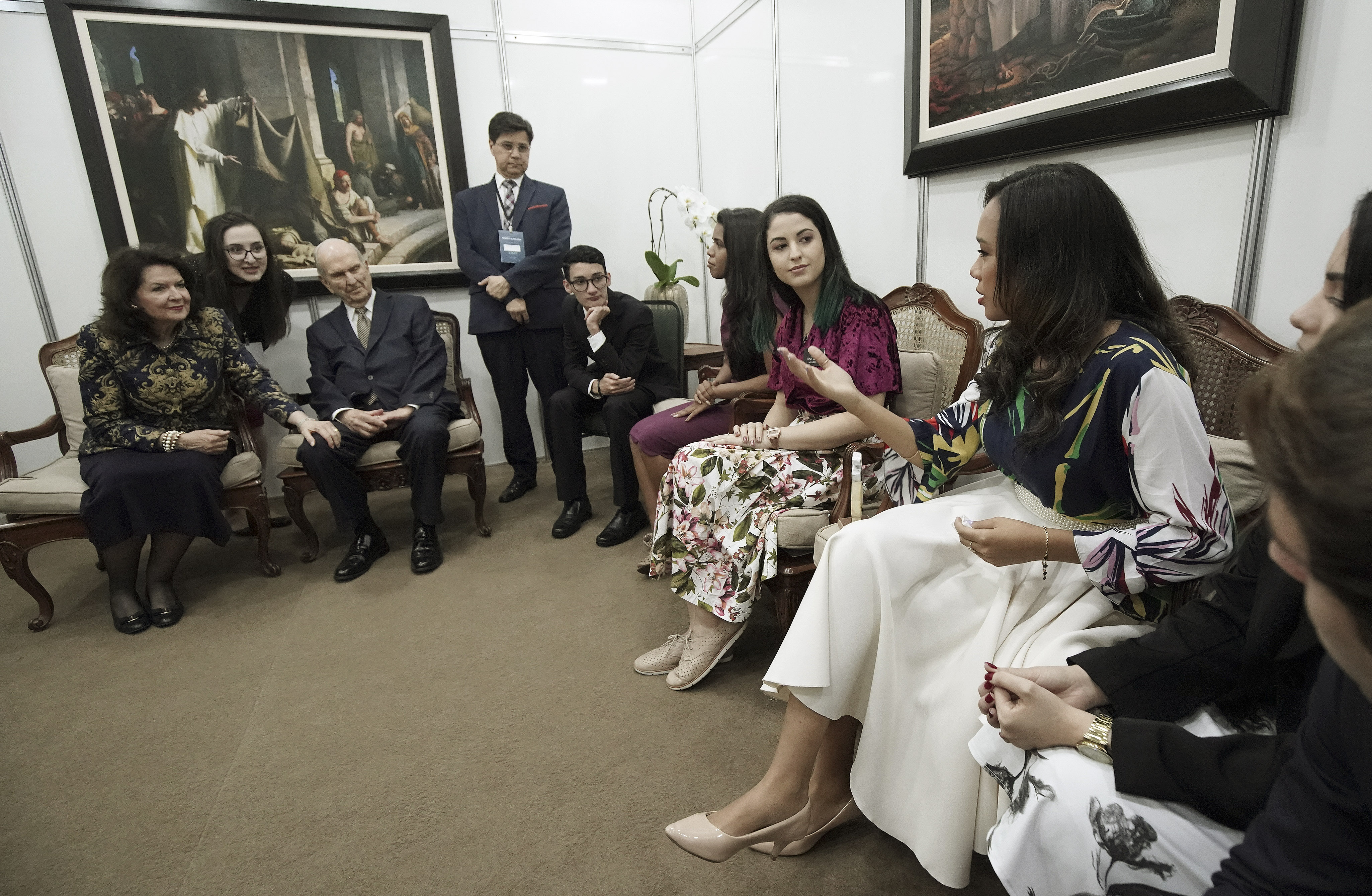 Nicole Luz asks President Russell M. Nelson of The Church of Jesus Christ of Latter-day Saints a question in Sao Paulo, Brazil, on Sunday, Sept. 1, 2019.