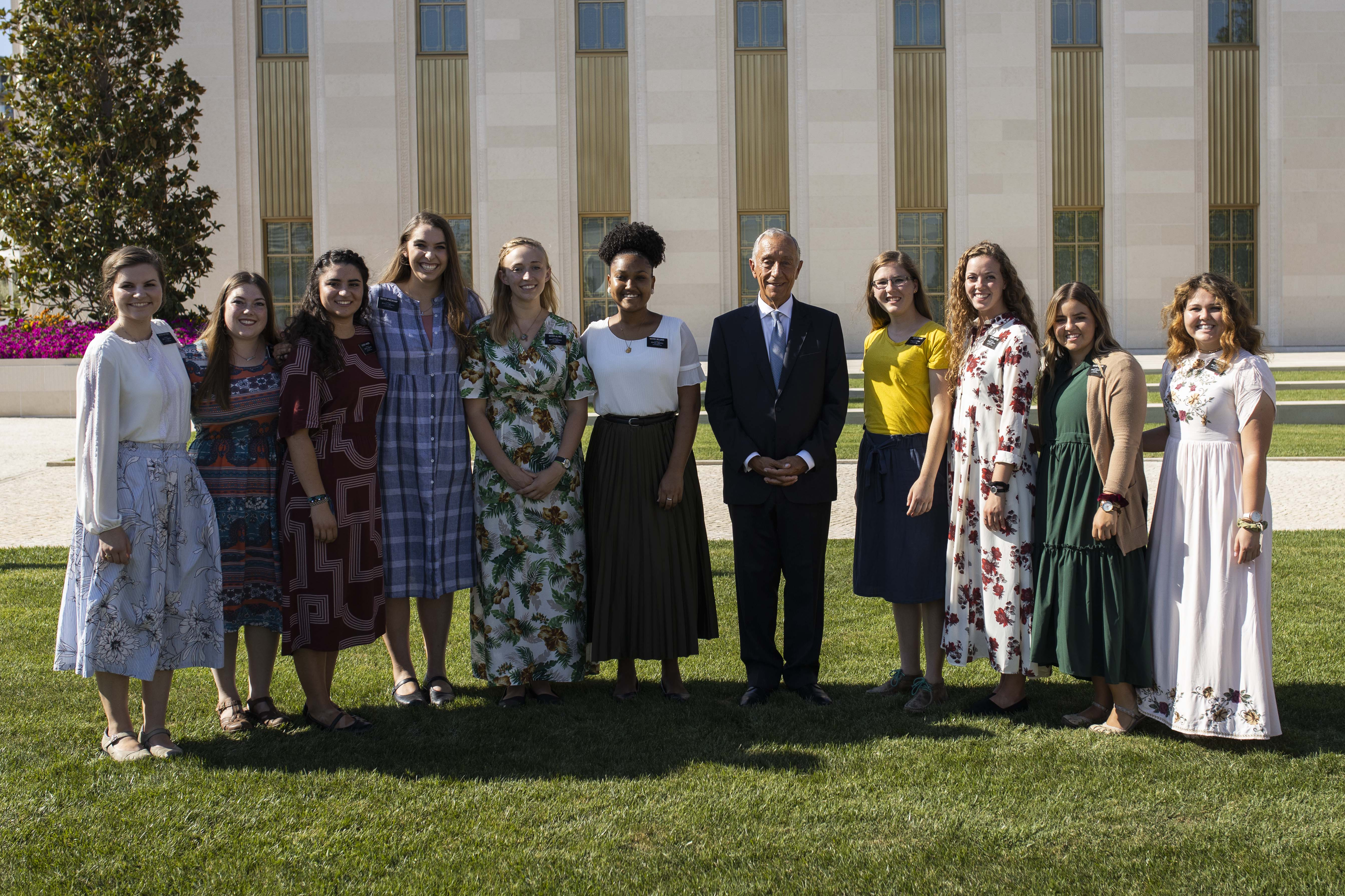 The president of Portugal, Marcelo Rebelo de Sousa, poses with missionaries of The Church of Jesus Christ of Latter-day Saints in front of the Lisbon Portugal Temple on Aug. 29, 2019.