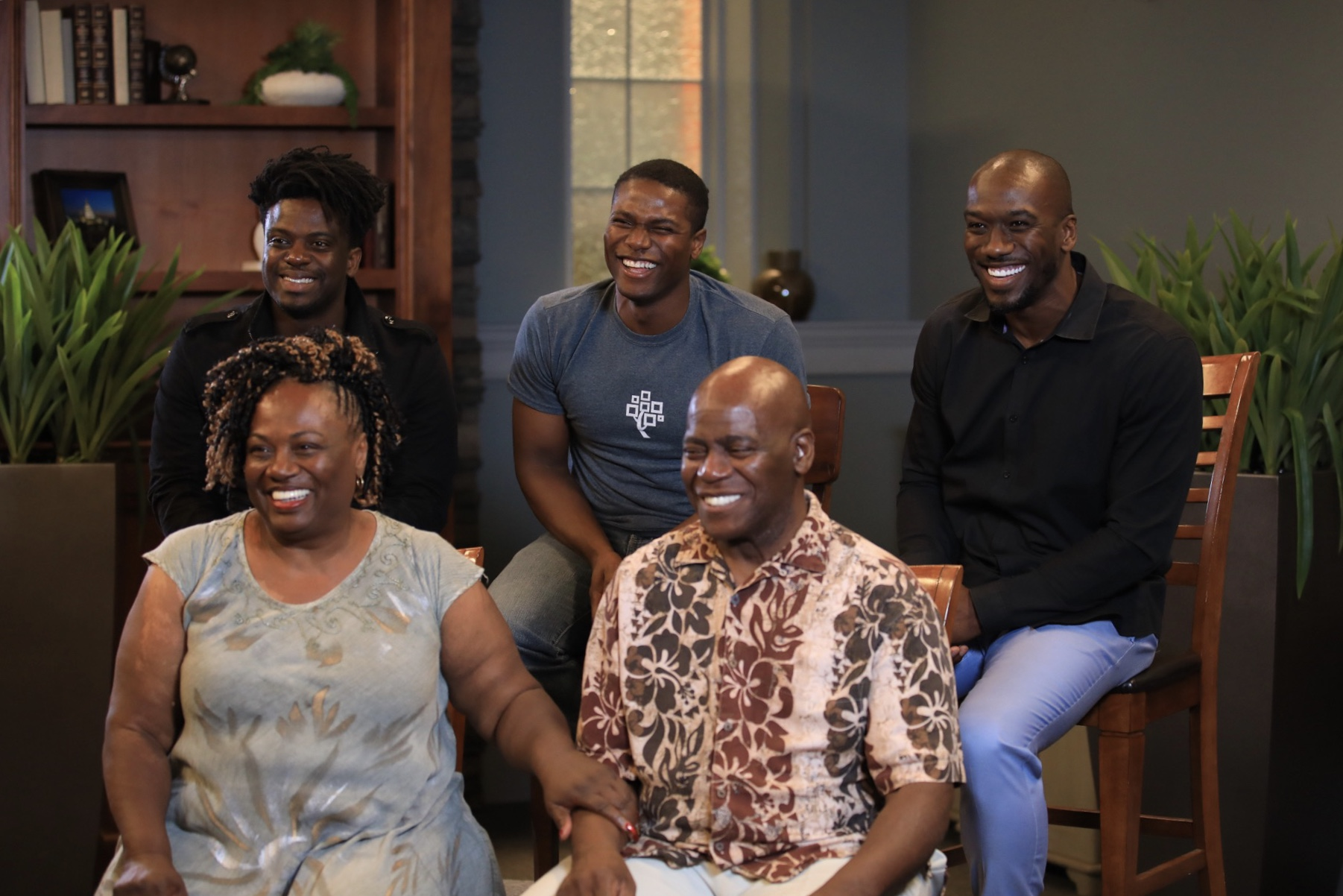 The Bonner Family consists of eight Bonner siblings and their parents, all talented vocalists, who perform and record together.