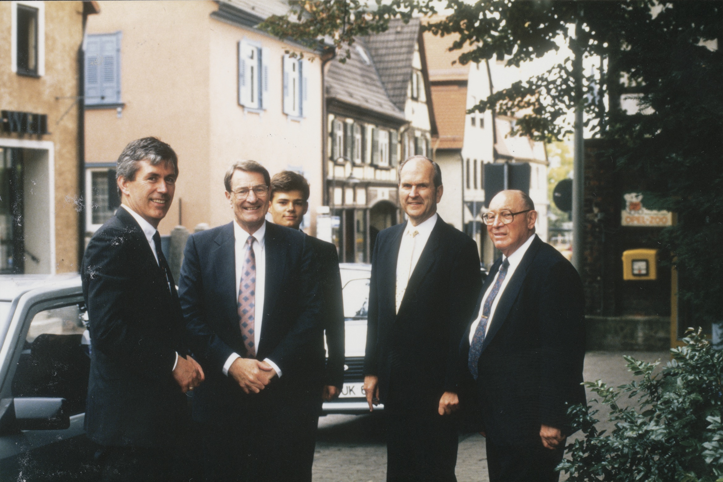 Dieter F. Uchtdorf, who was serving as the Frankfurt temple committee chair, and his son, Guido, stand with Elder Neal A. Maxwell, Elder Russell M. Nelson and Elder Joseph B. Wirthlin during the Frankfurt Germany Temple open house in 1987.