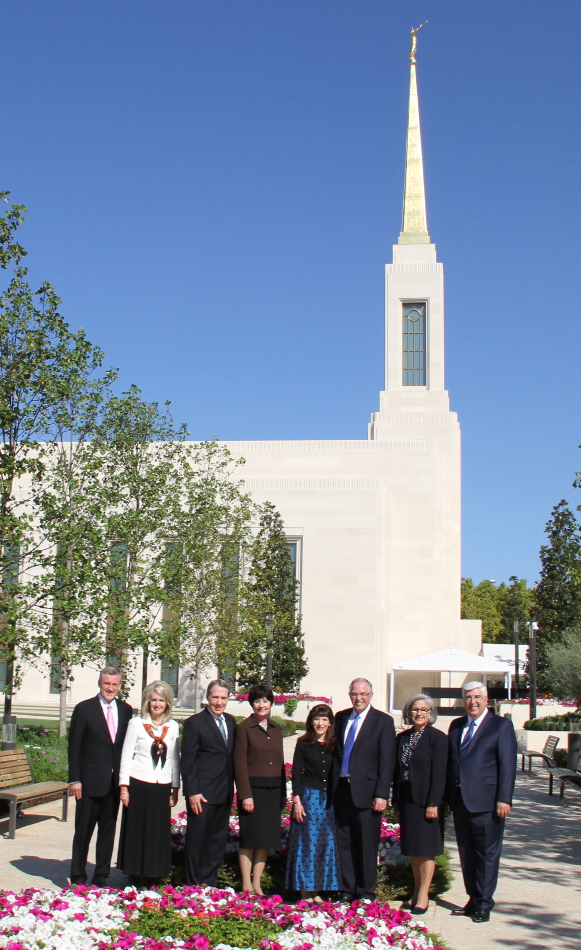 Posing for a photo outside the Lisbon Portugal Temple on Saturday, Sept. 14, 2019, are (from left to right): Elder Kevin R. Duncan, Sister Nancy Duncan, Elder Gary B. Sabin, Sister Valerie Sabin, Sister Kathy Andersen, Elder Neil L. Andersen, Sister Filomena Teixeira and Elder José A. Teixeira.