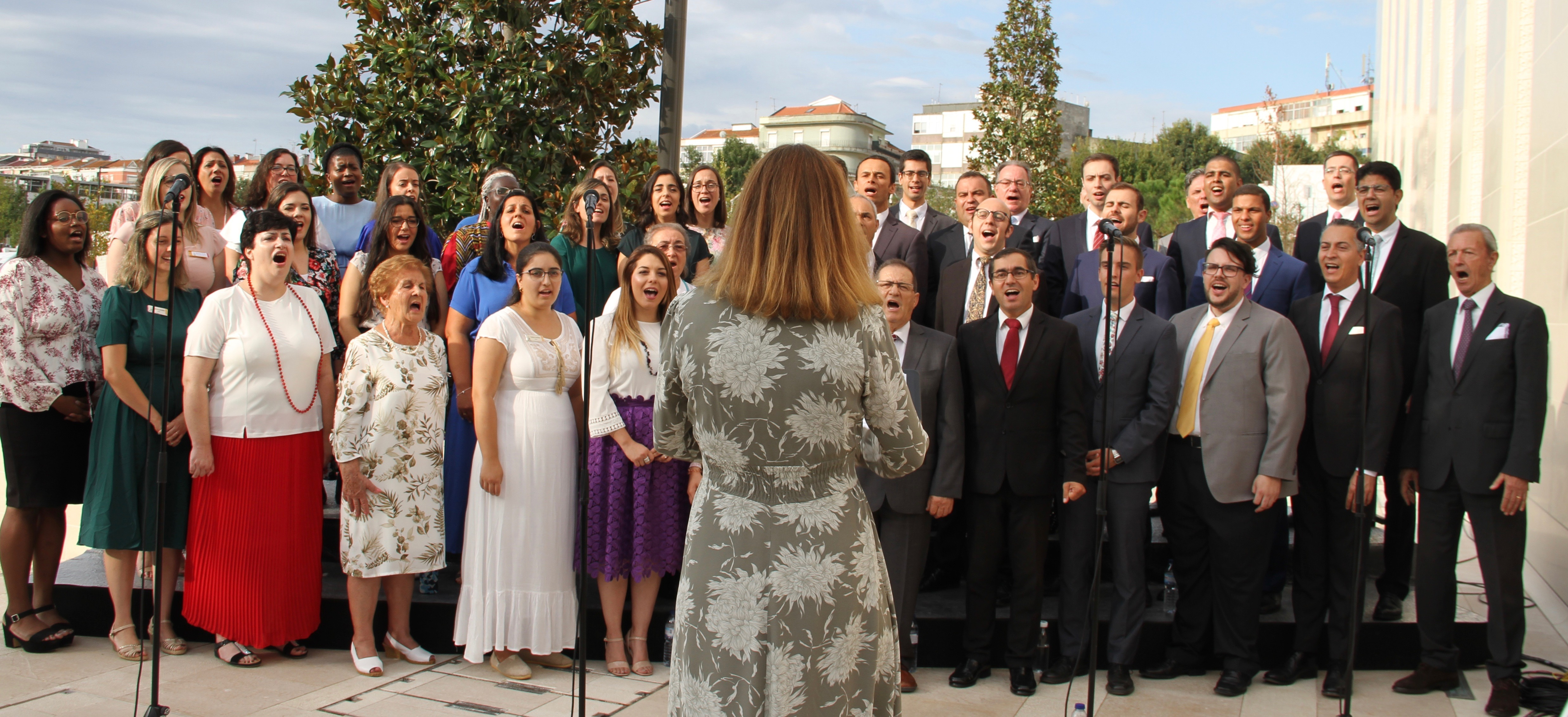 A choir of local members sings at the cornerstone ceremony of the Lisbon Portugal Temple during its dedication on Sunday, Sept. 15, 2019.