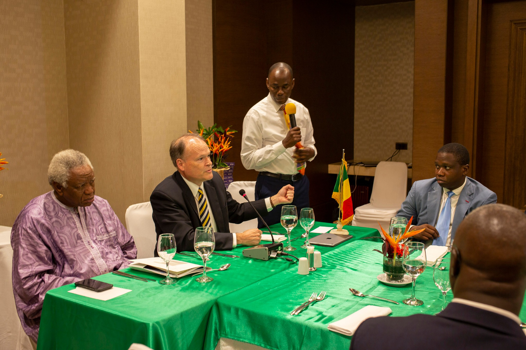 Elder Marcus B. Nash, General Authority Seventy and president of the Africa West Area, participates with Daniel Thera (left), Minister of Religious Activities, during the recognition of the Church meeting on Sept. 12, 2019, in Bamako, Mali.