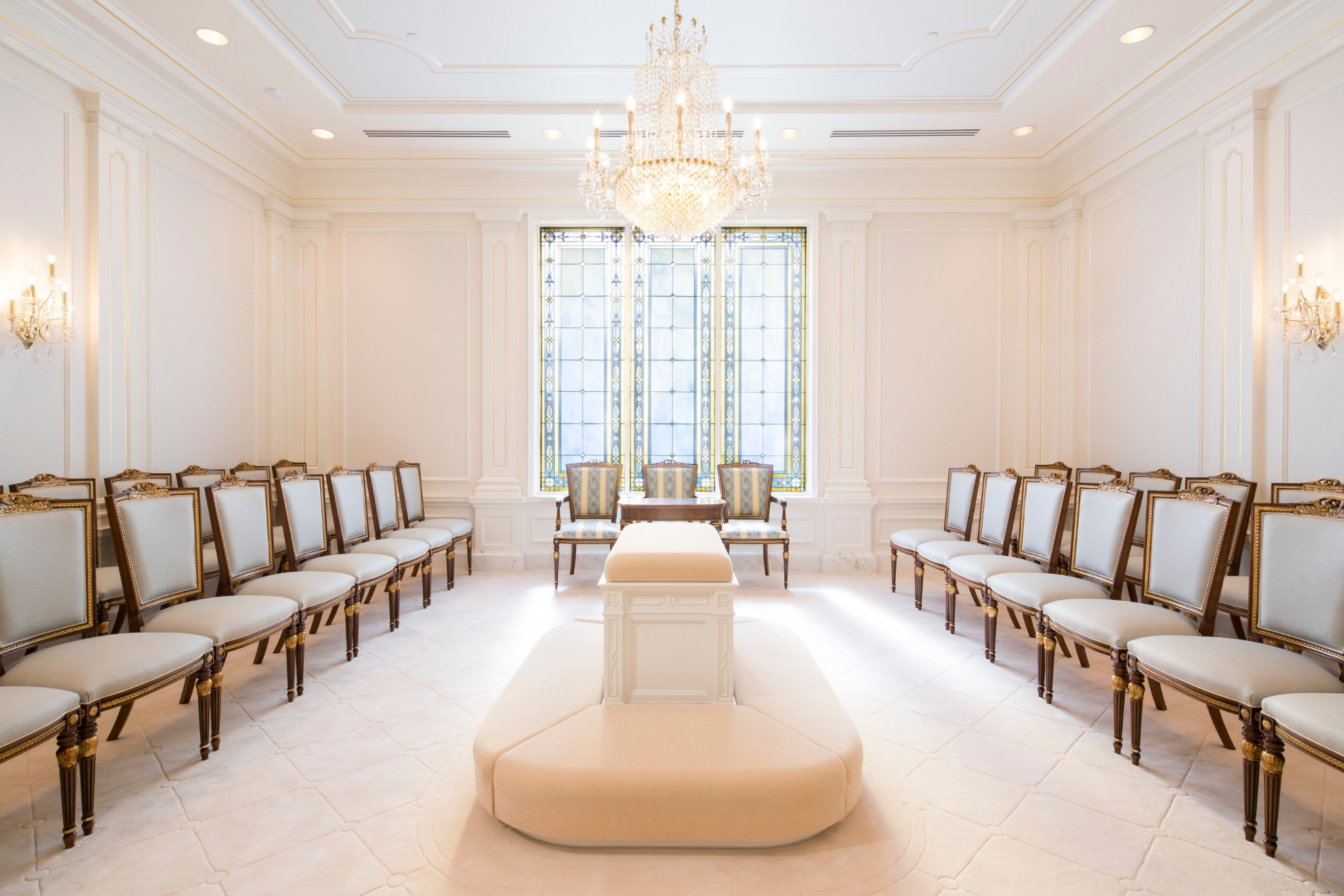 A sealing room in the Raleigh North Carolina Temple.
