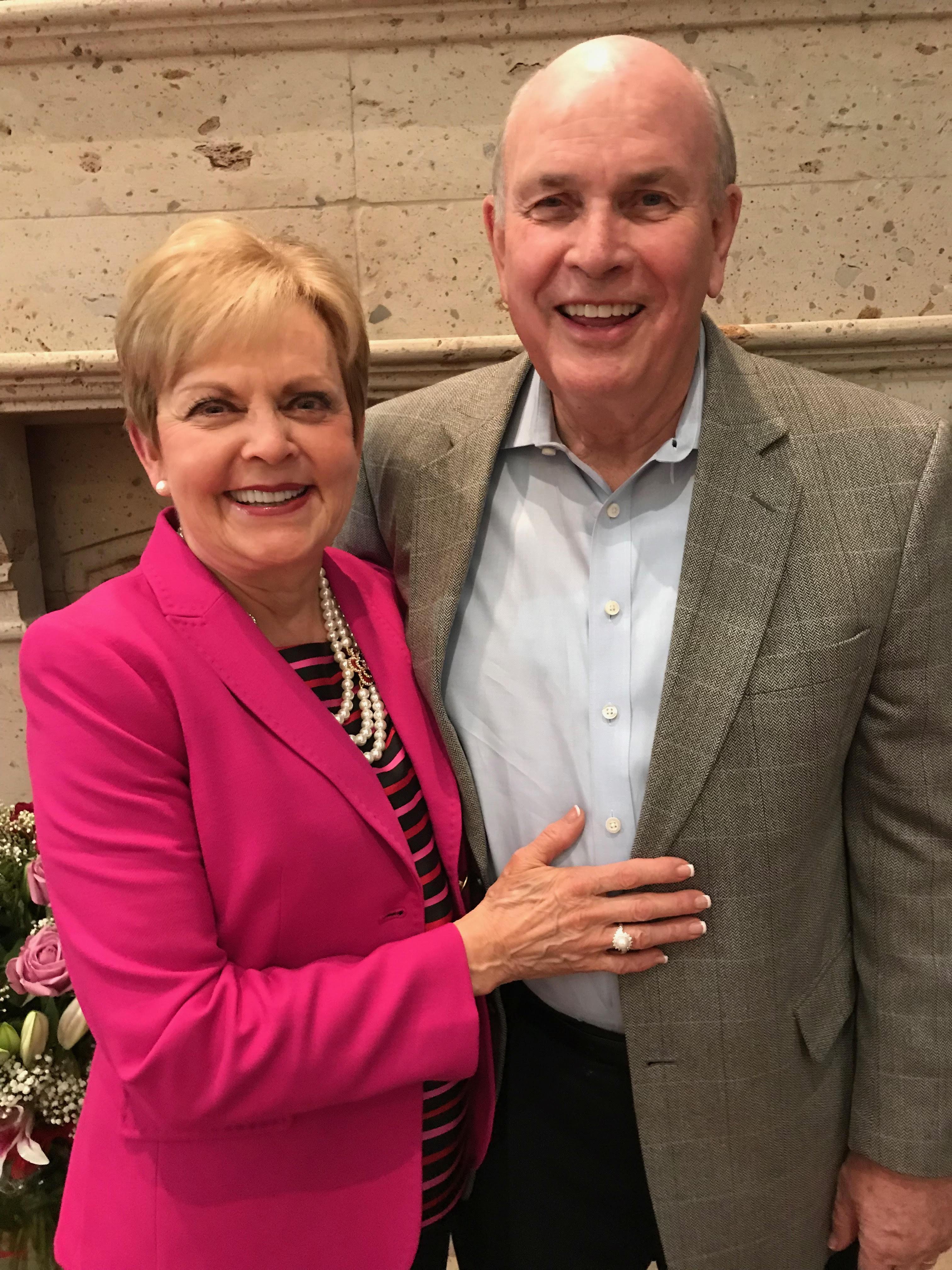 Vicki and Kent Ashton.